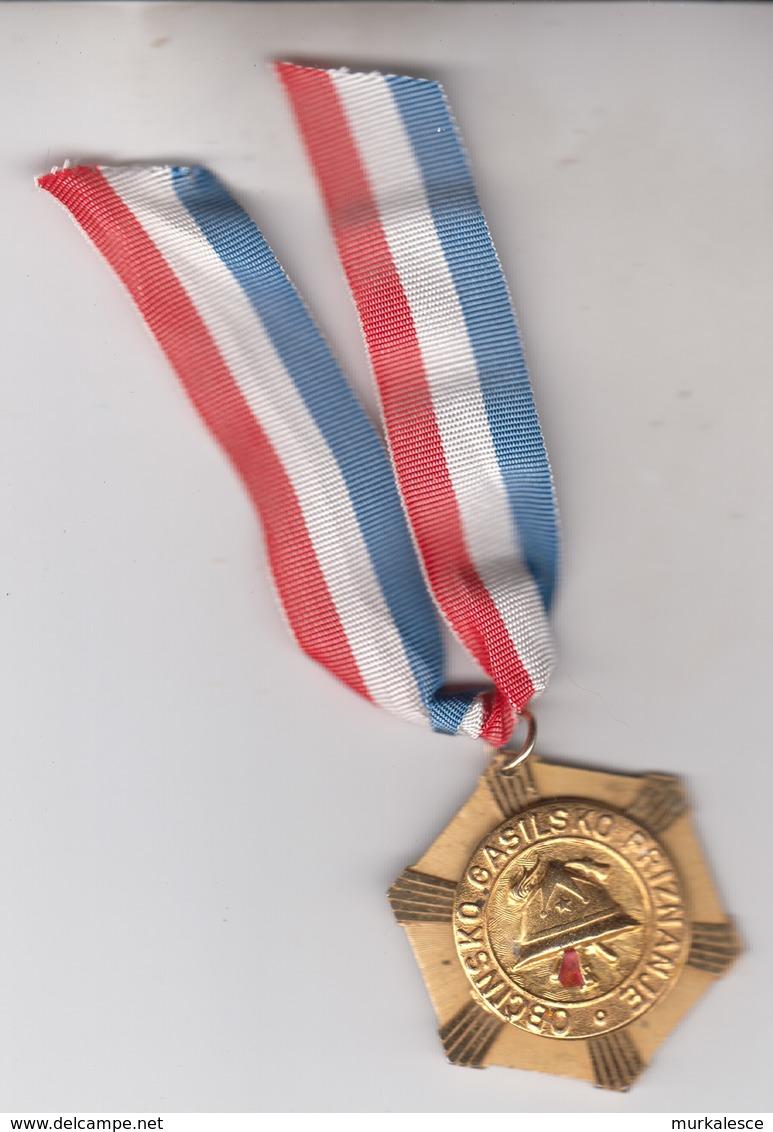 SLOVENIJA  GASILSKA  MEDALJA Feuerwehr Medaille - Brandweerman