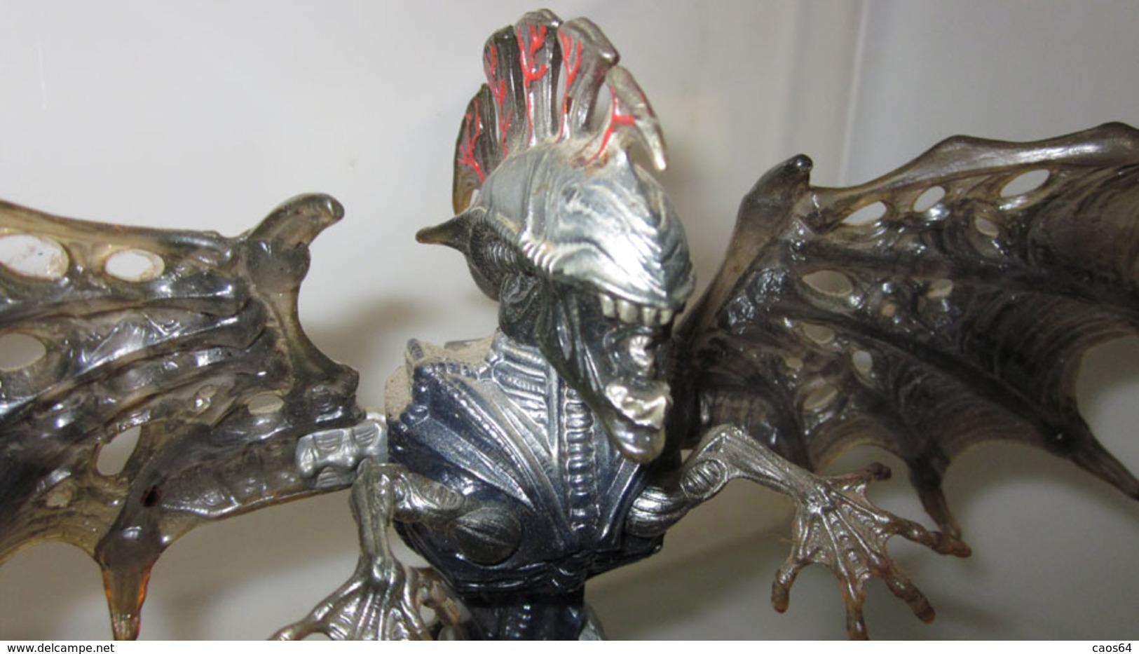 ALIEN ACTION FIGURE - Figurines