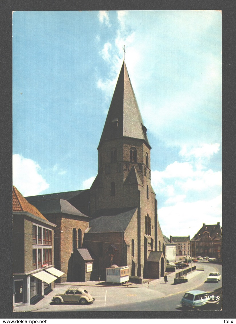Torhout - Kerk St.-Pietersbanden - Classic Cars Citroën Ami, VW Kever / Coccinelle - Nieuwstaat - Torhout
