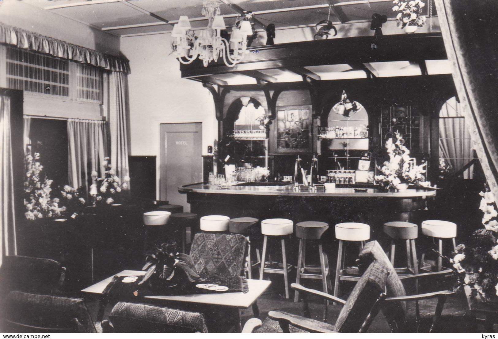 "CPM 9X14 . PAYS BAS . Hotel-Café-Restaurant   ""t Kasteel Van Breda "" - Breda"