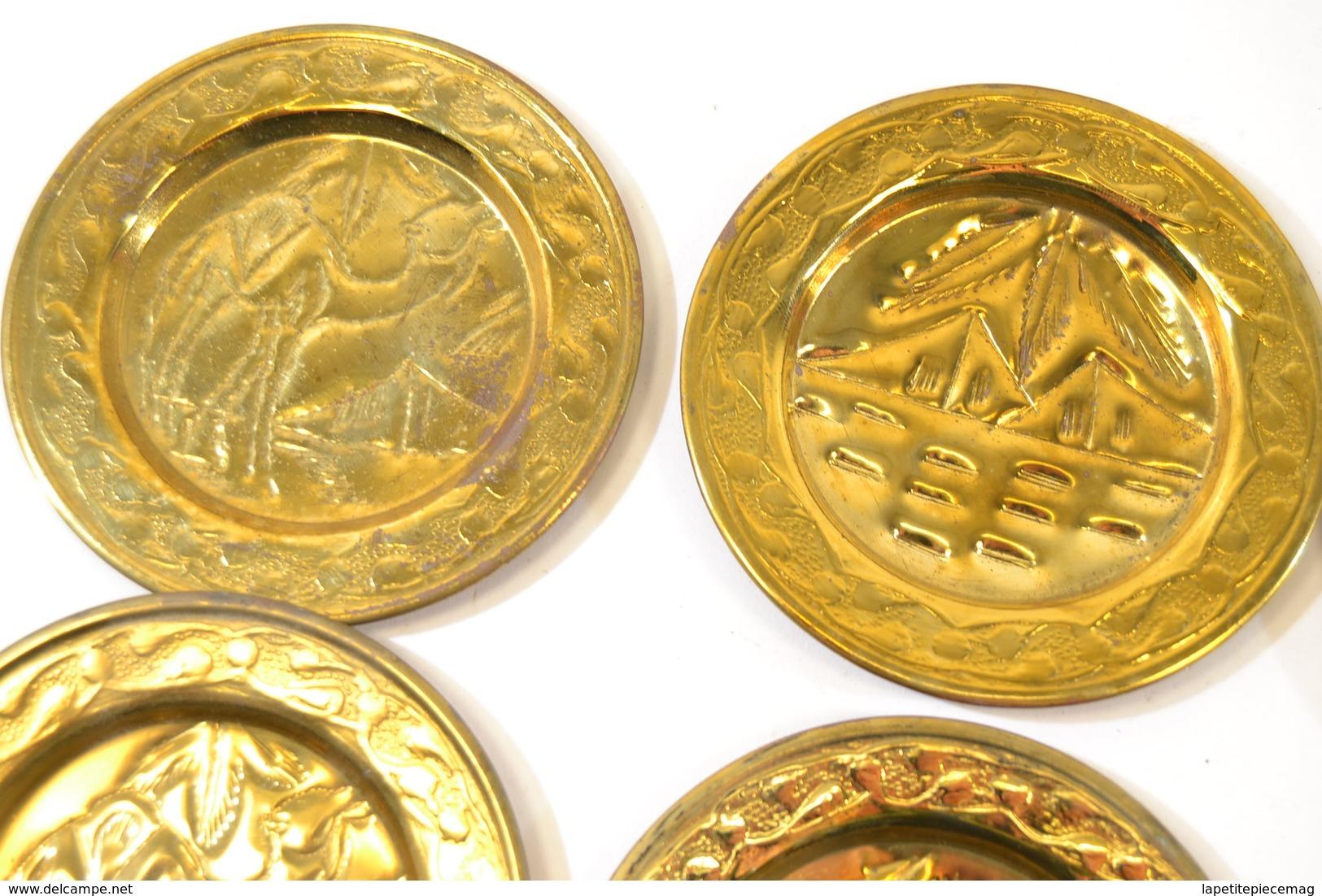 Série De 6 Sous-coupe Cendrier Vide Poche Afrique Du Nord, Maroc Ou Egypte. Laiton Repoussé Cuivre - Art Africain