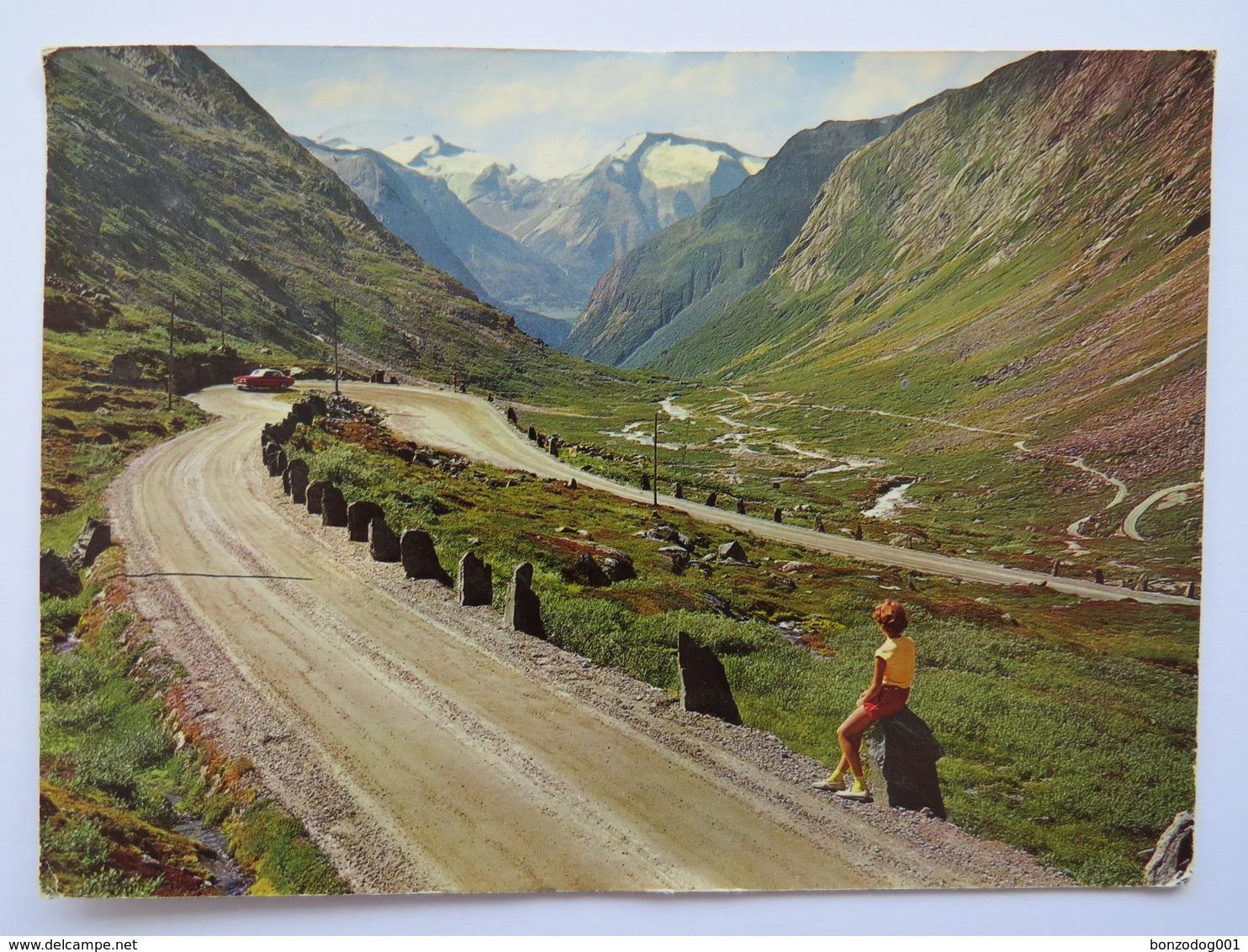 BJØRNSONVINGEN, VEGEN VIDESETER-GROTLI, THE BJØRNSON BEND AT THE VIDESETER-GROTLI ROAD. POSTED 1971 - Norvège