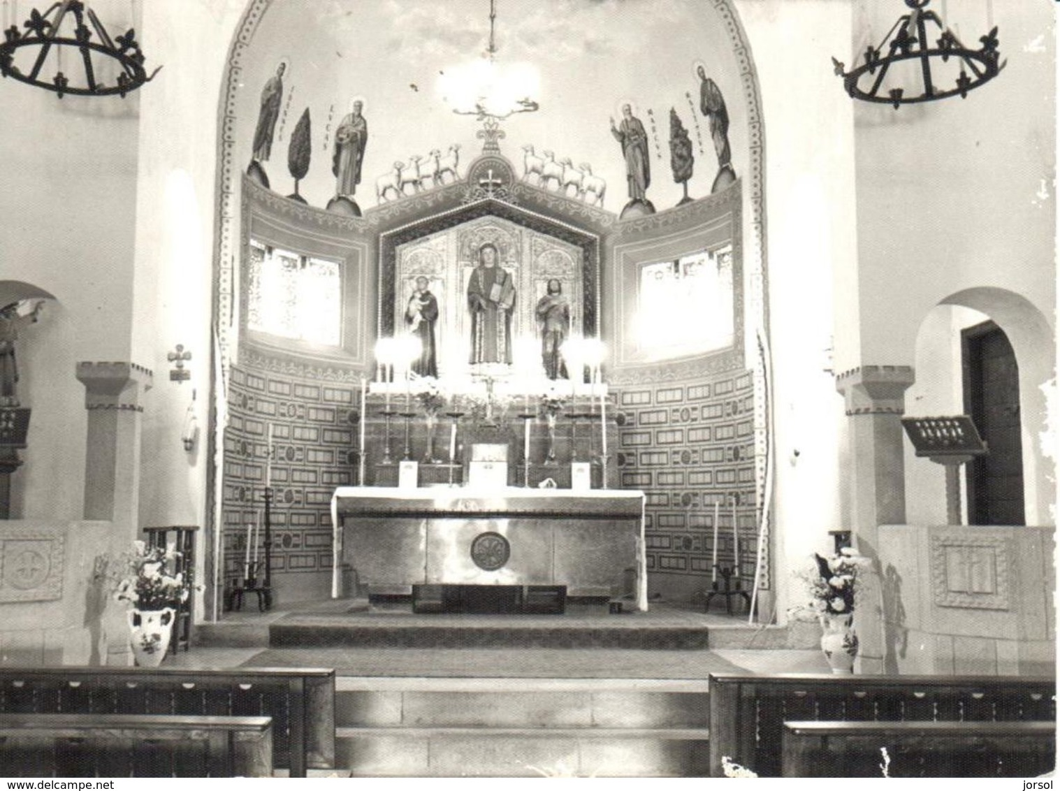 POSTAL     ALTAR  DE IGLESIA CATOLICA - Religión & Esoterismo