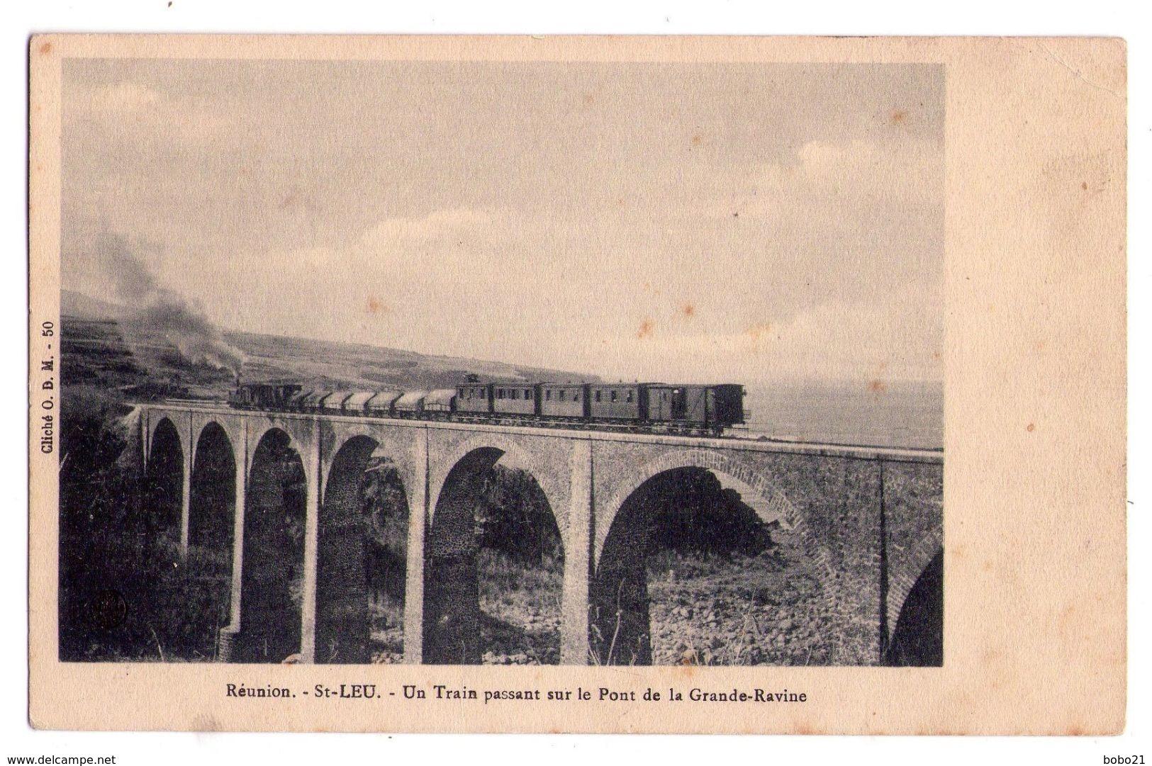 2404 - Saint-Leu ( La Réunion ) - Un Train Passant Sur Le Pont De La Grande Ravine - Cl. O.D.M. - N°50 - - Autres