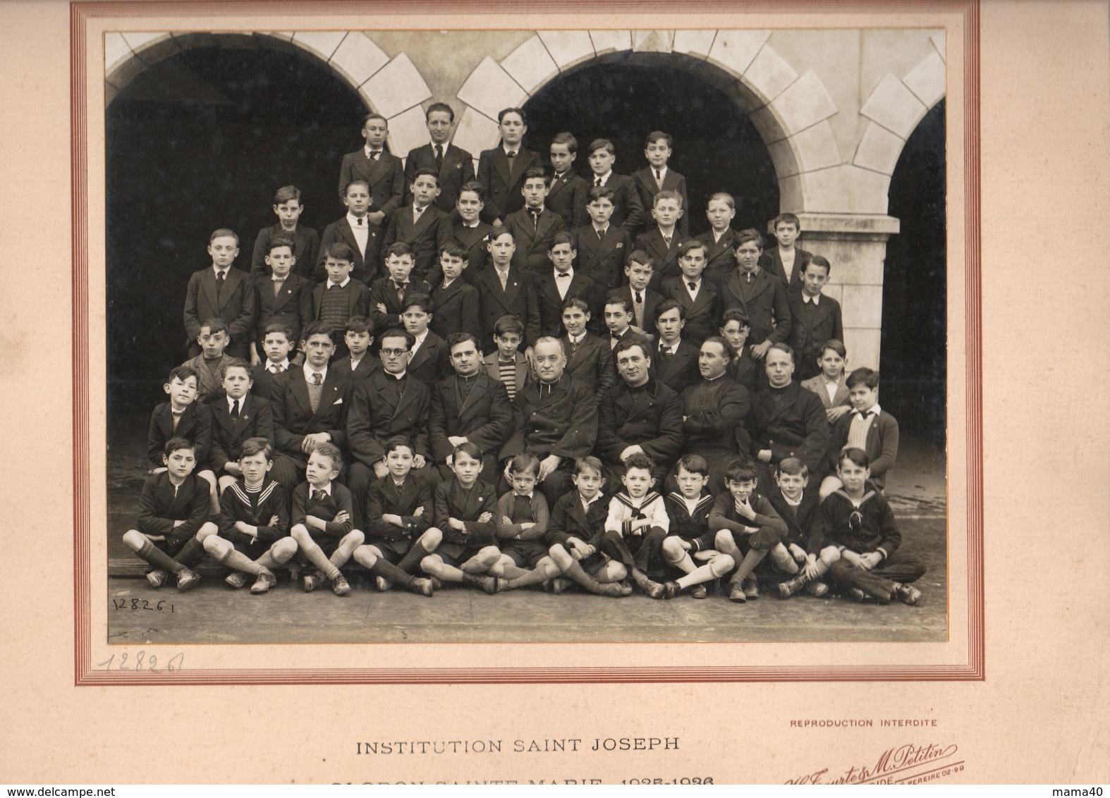 GRANDE PHOTO SUR CARTON - 64 - OLORON STE MARIE - PHOTO DE CLASSE  1935-1936 INSTITUTION SAINT JOSEPH - Anonieme Personen