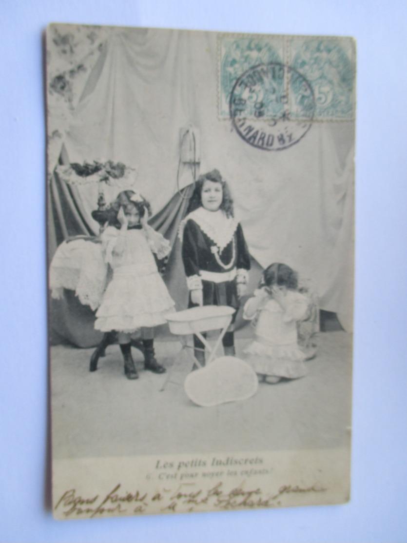 Cpa 1905 De La Série Les Petits Indiscrets  - N° 6(Avec Défaut Semelle Décollée  ) - Groupes D'enfants & Familles