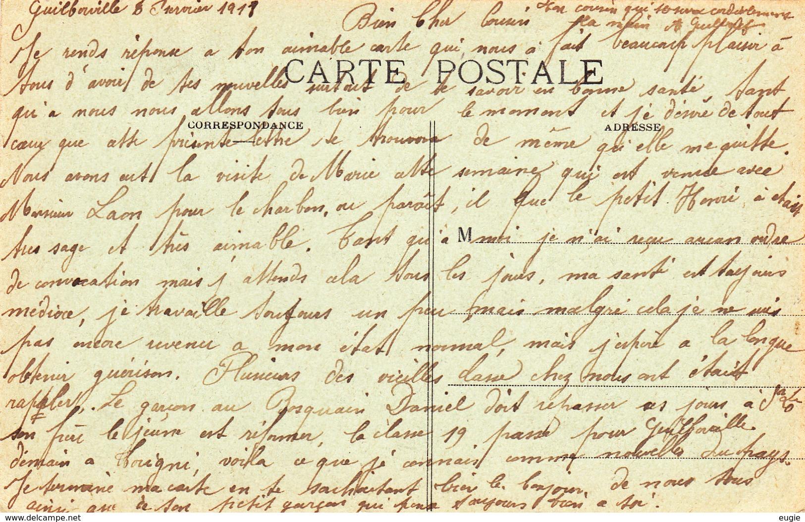 170/ Guilberville, Entree De La Place De La Republique, Mensen - Frankrijk