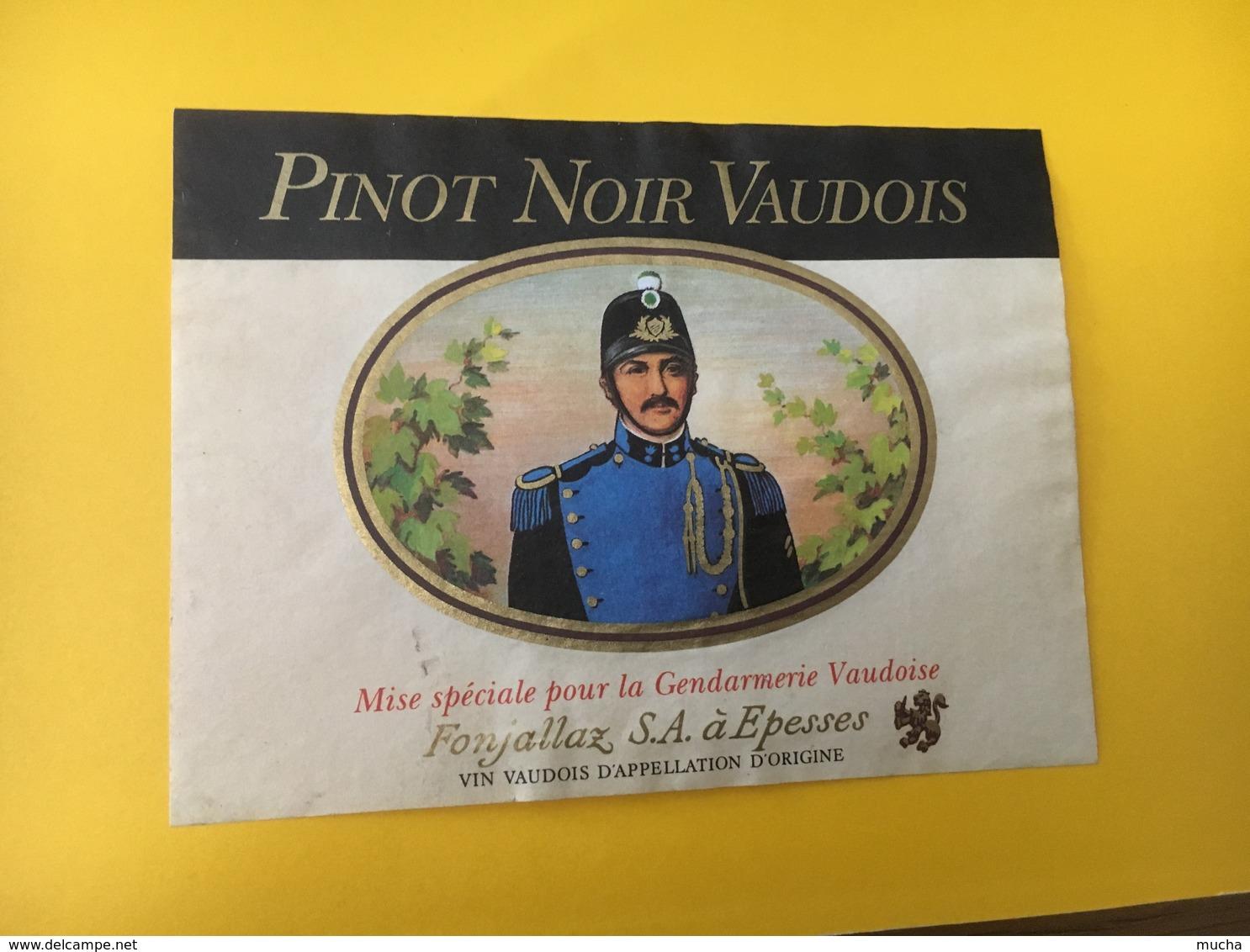 8842 - Gendarmerie Vaudoise Suisse Pinot Noir - Autres