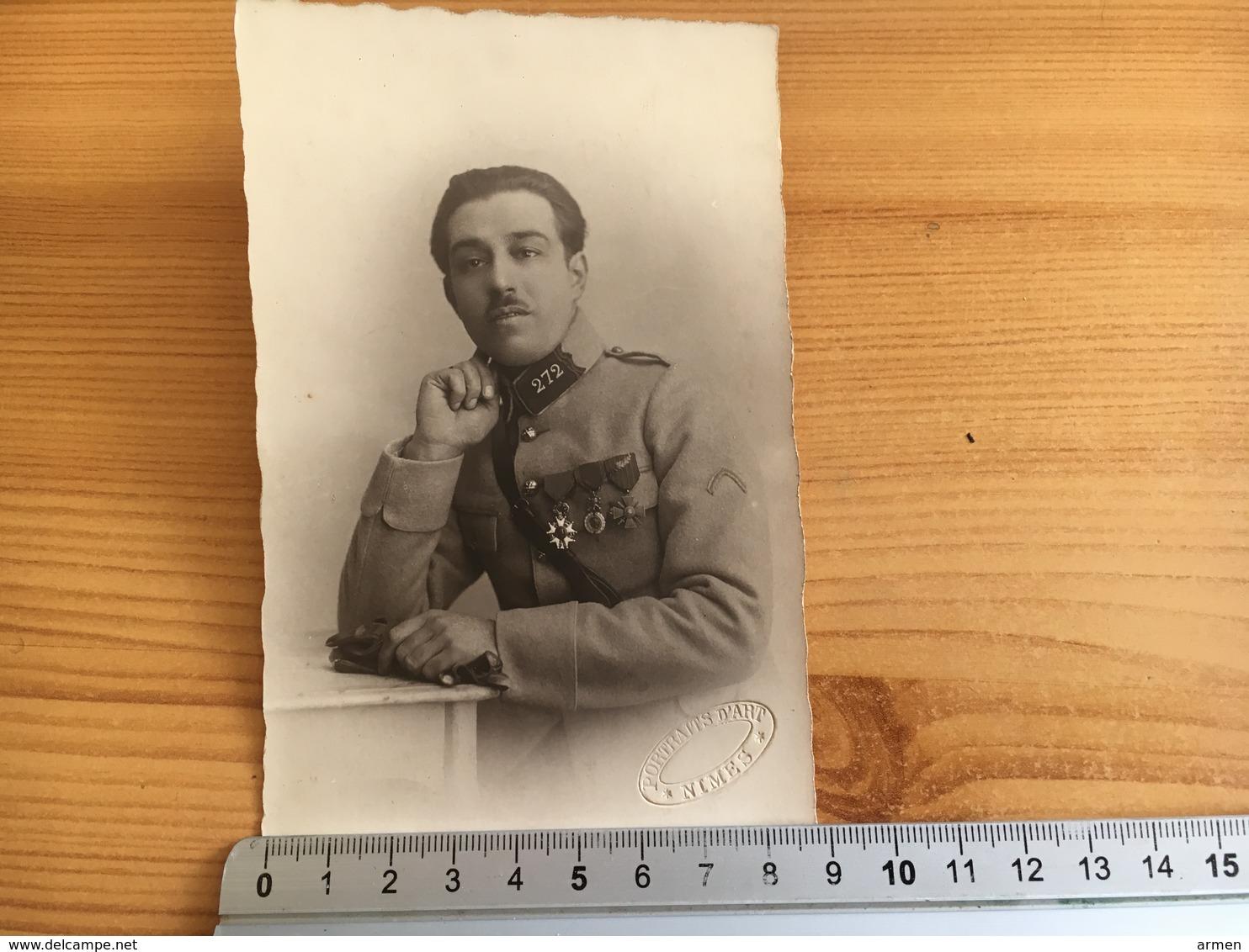 A Identifier - Militaria Uniforme -  Avec Ses  Médailles - Nimes. - Uniforms
