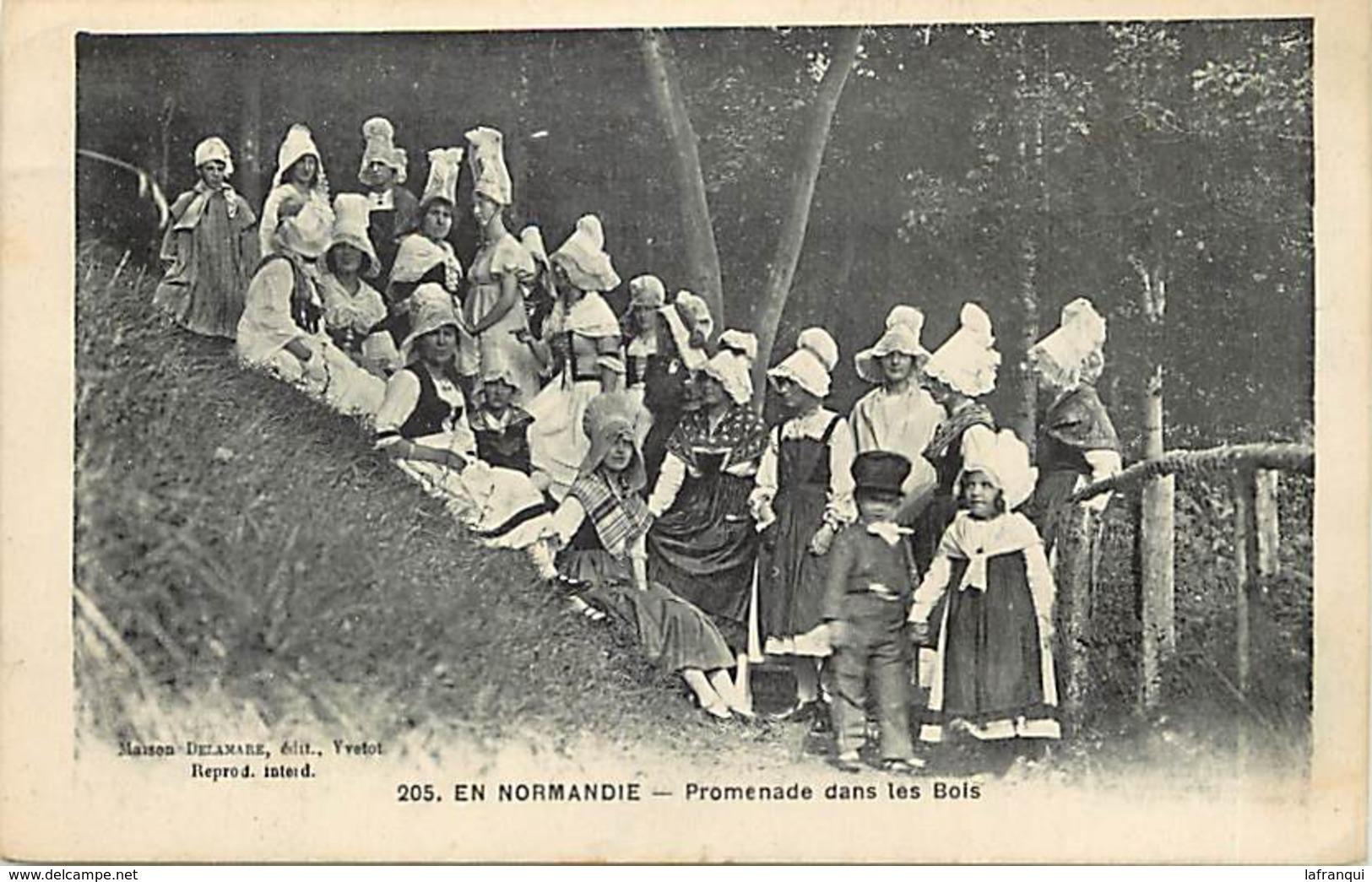 Themes Div-ref X699- En Normandie - Promenade Dans Les Bois - Edit Yvetot - Carte Bon Etat  - - Folklore
