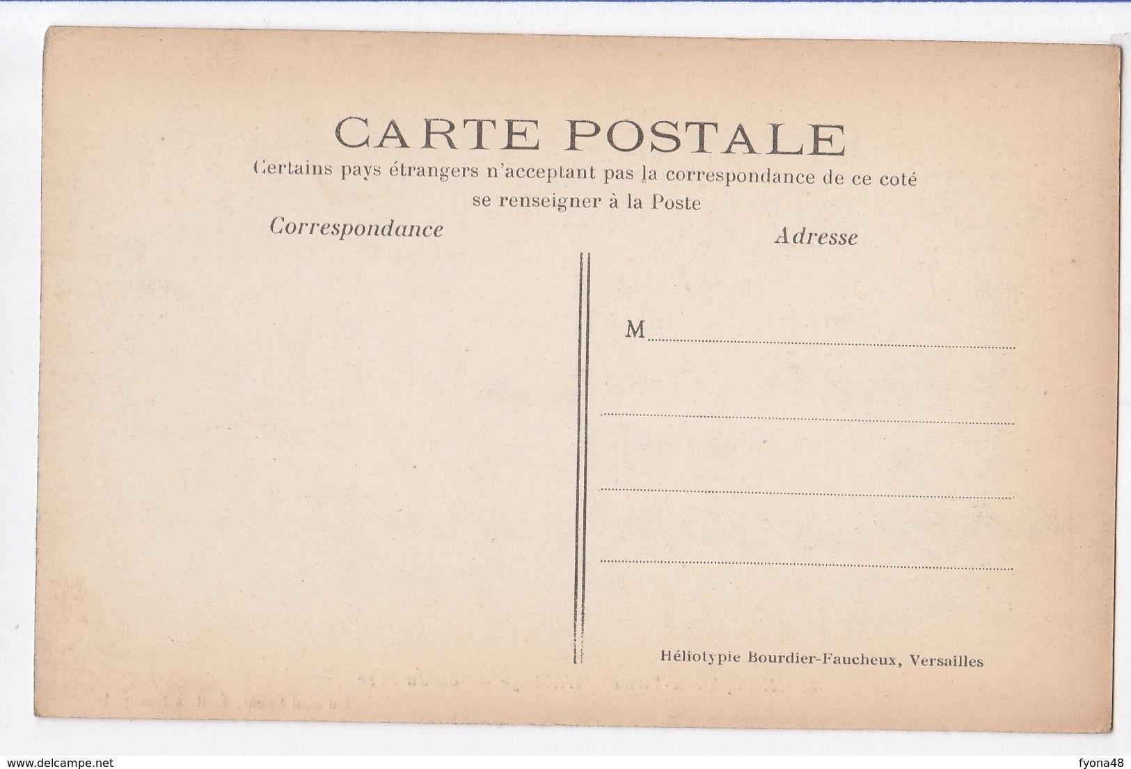 0141 1 NEAUPHLE-LE-VIEUX - L'Abbaye - Côté Du Parc - Other Municipalities