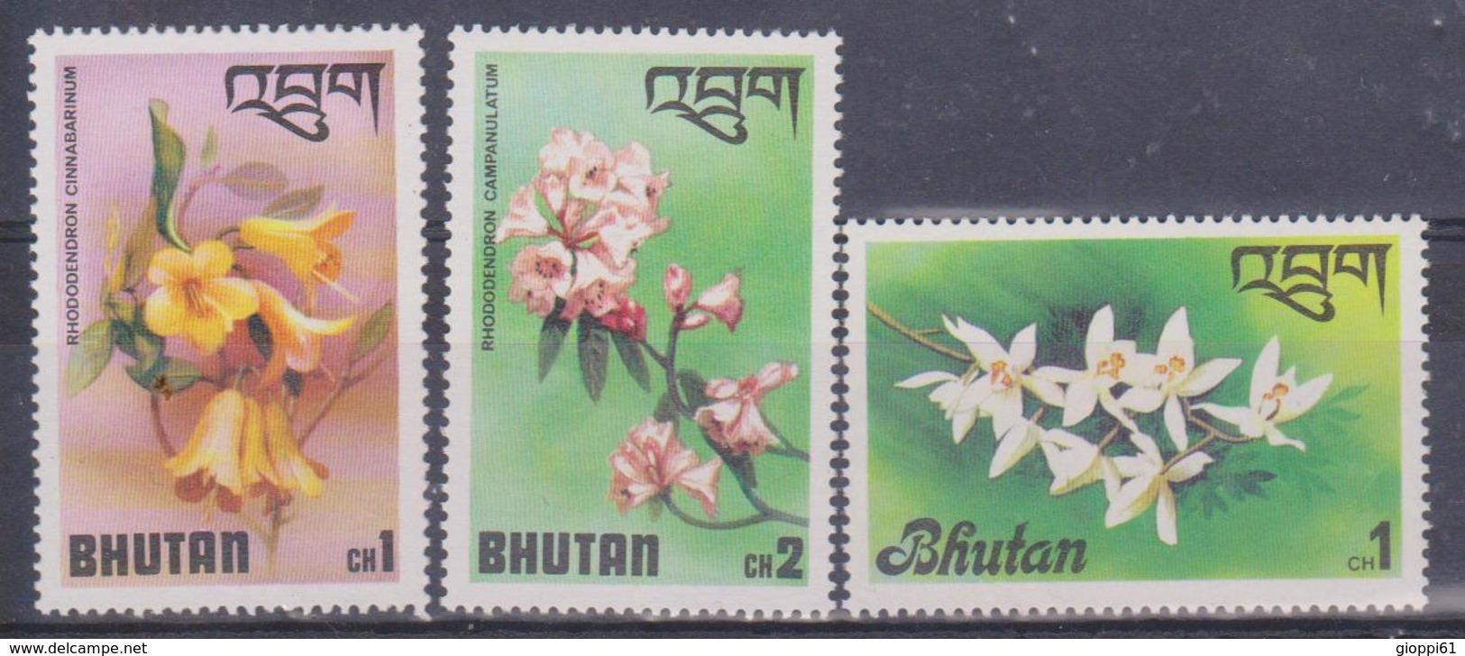 1976 Bhutan - Fiori - Bhutan