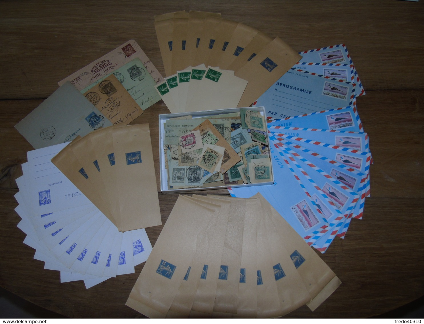 Entier Postal - Lot De Plusieurs Centaines D'entiers Postaux / Avec Série Aérogrammes Concorde - Non Classés