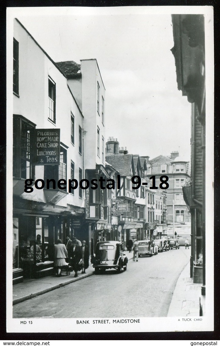 1734 - ENGLAND Maidstone 1940s Bank Street. Stores. Old Cars. Real Photo Postcard By Tuck - England