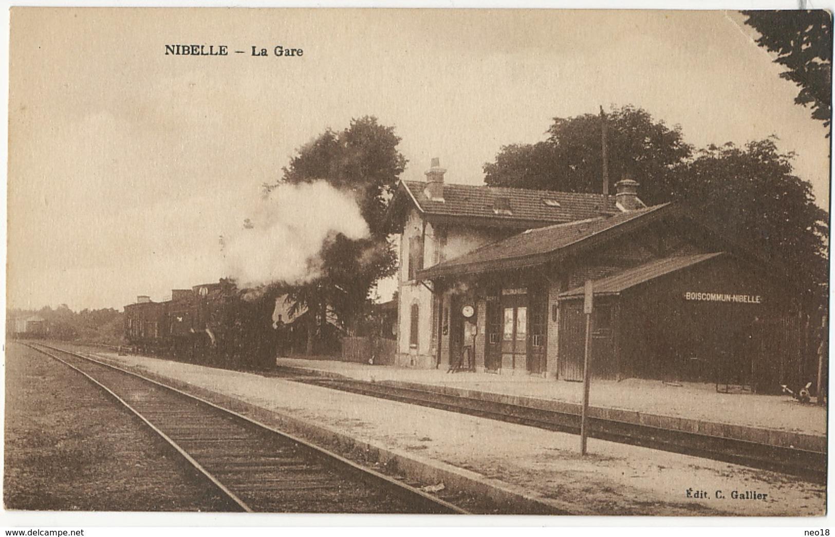 Nibelle La Gare Train  Edit Gallier Pli Coin Sup. D. - France