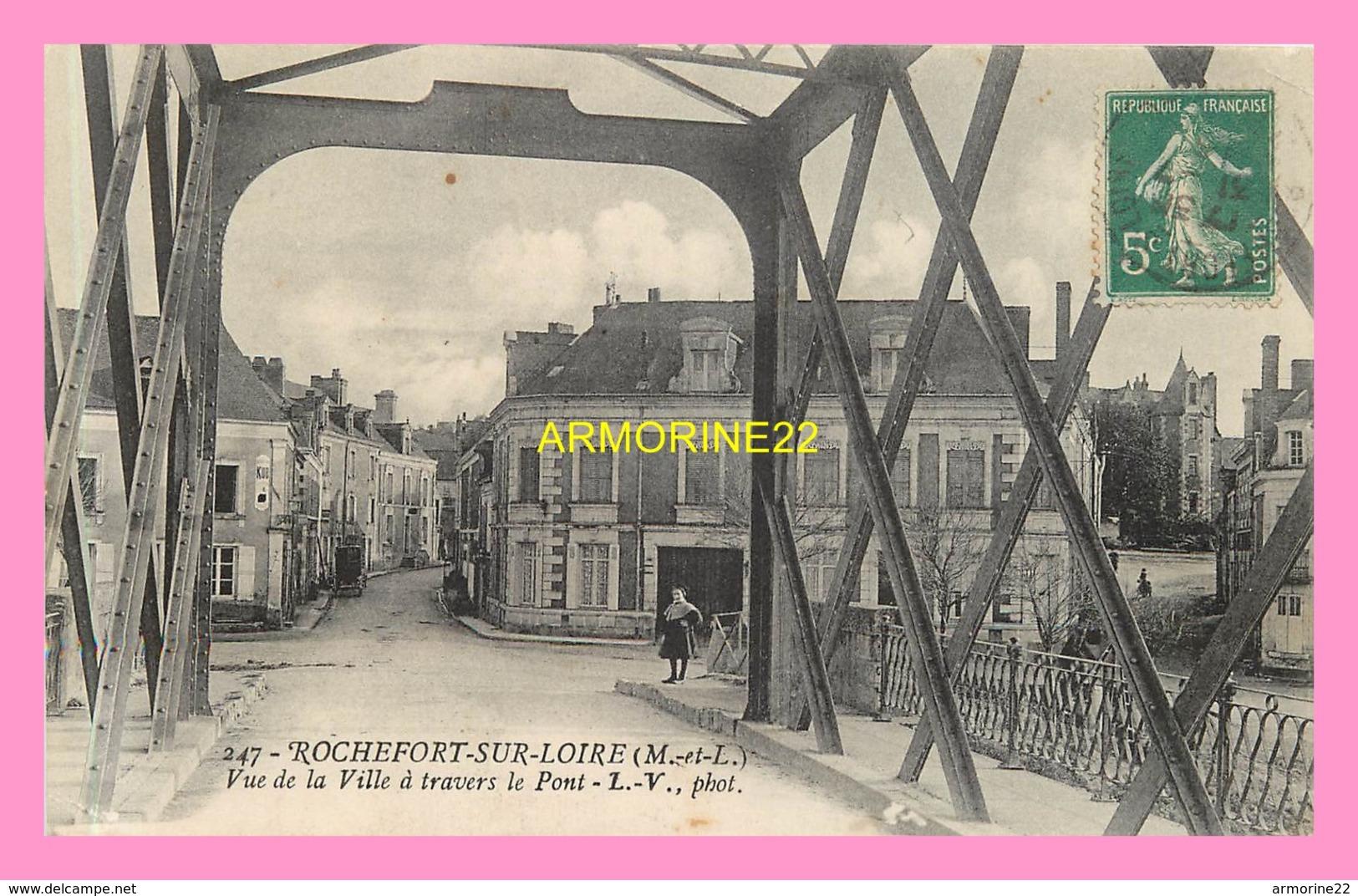 CPA ROCHEFORT SUR LOIRE  Vue De La Ville A Travers Le Pont - Other Municipalities