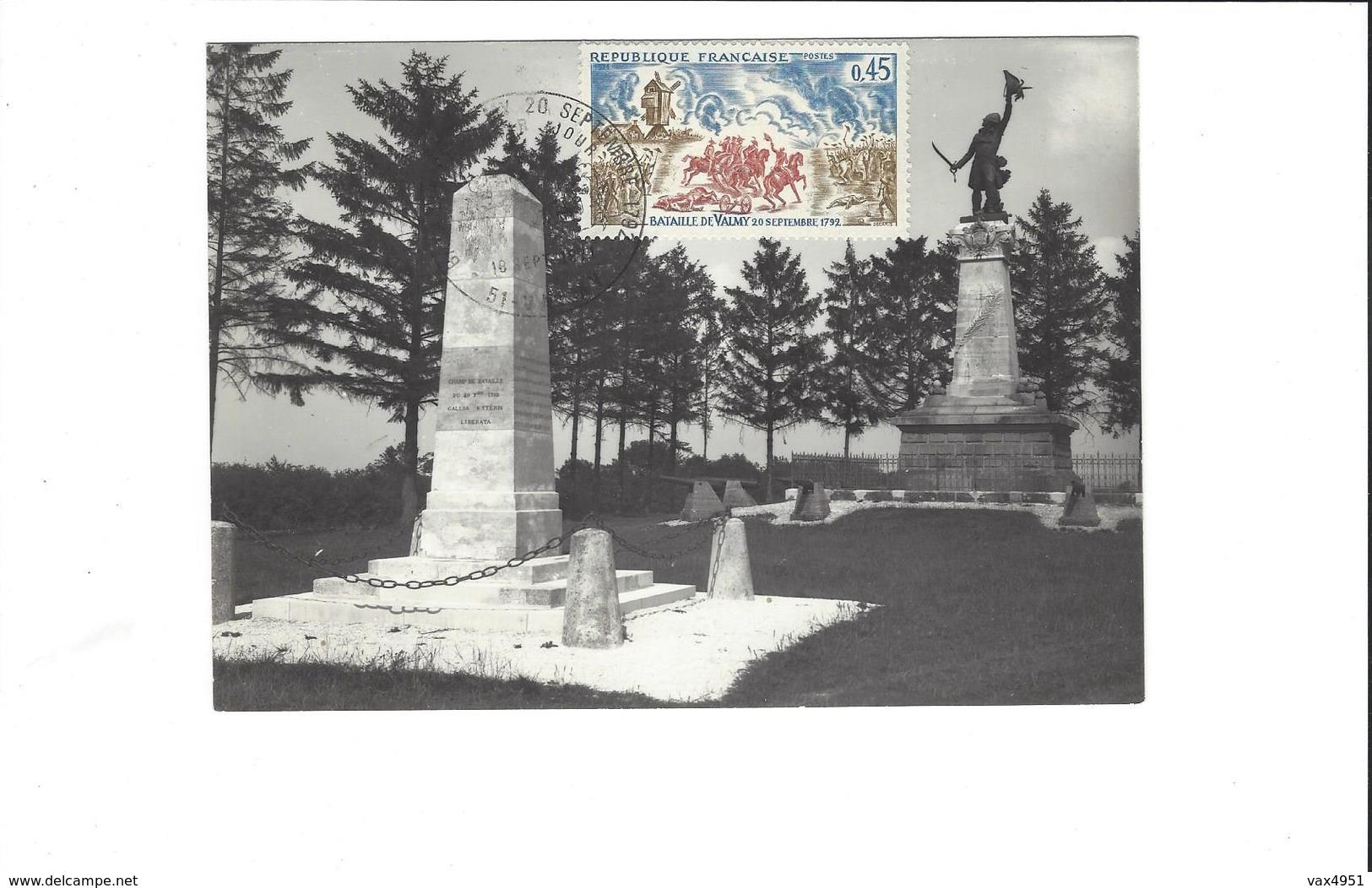 VALMY  CARTE PHOTO MONUMENTS COMMEMORATIFS DE 1821 ET 1892      TAMPONNEE 1971   ***    RARE   A  SAISIR **** - Frankreich