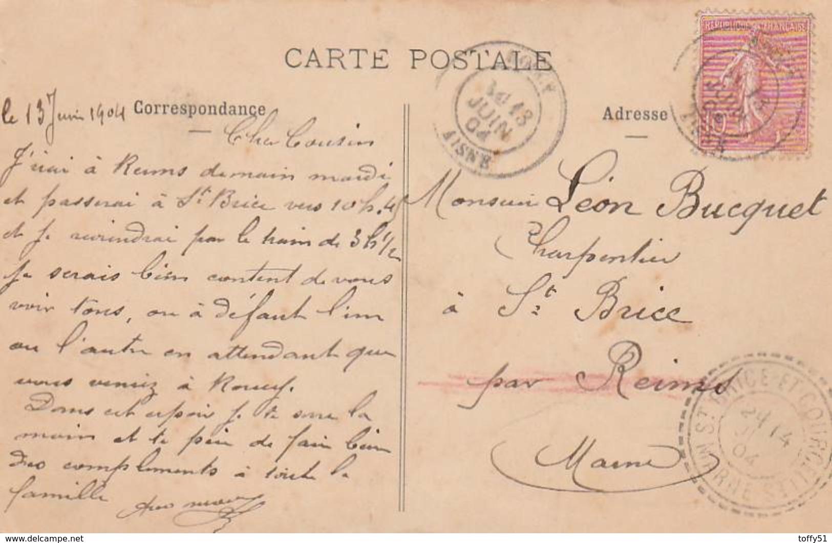 """CPA:BOULANGER DEVANT LA BOULANGERIE """"NEVEUX"""" ROUCY (02)..ÉCRITE - Autres Communes"""