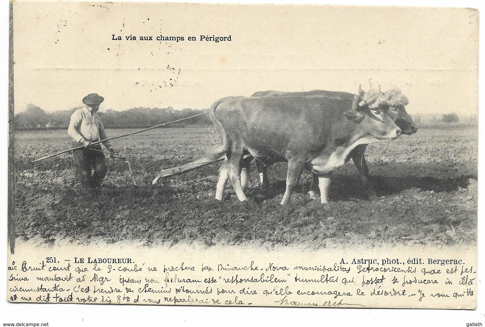 24-LA VIE AUX CHAMPS EN PERIGORD-Le Laboureur... 1904  Animé - France