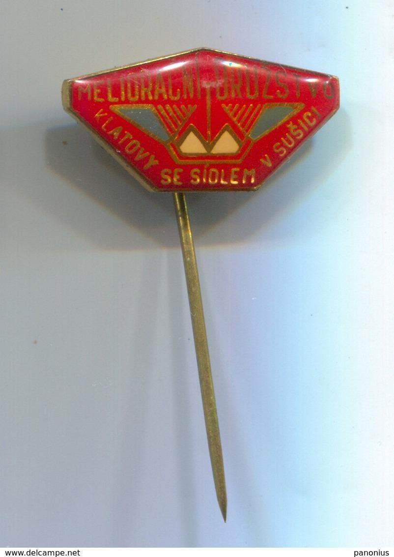 Melioration Cooperative Sušice - Czechia, Vintage Pin, Badge, Abzeichen - Beverages