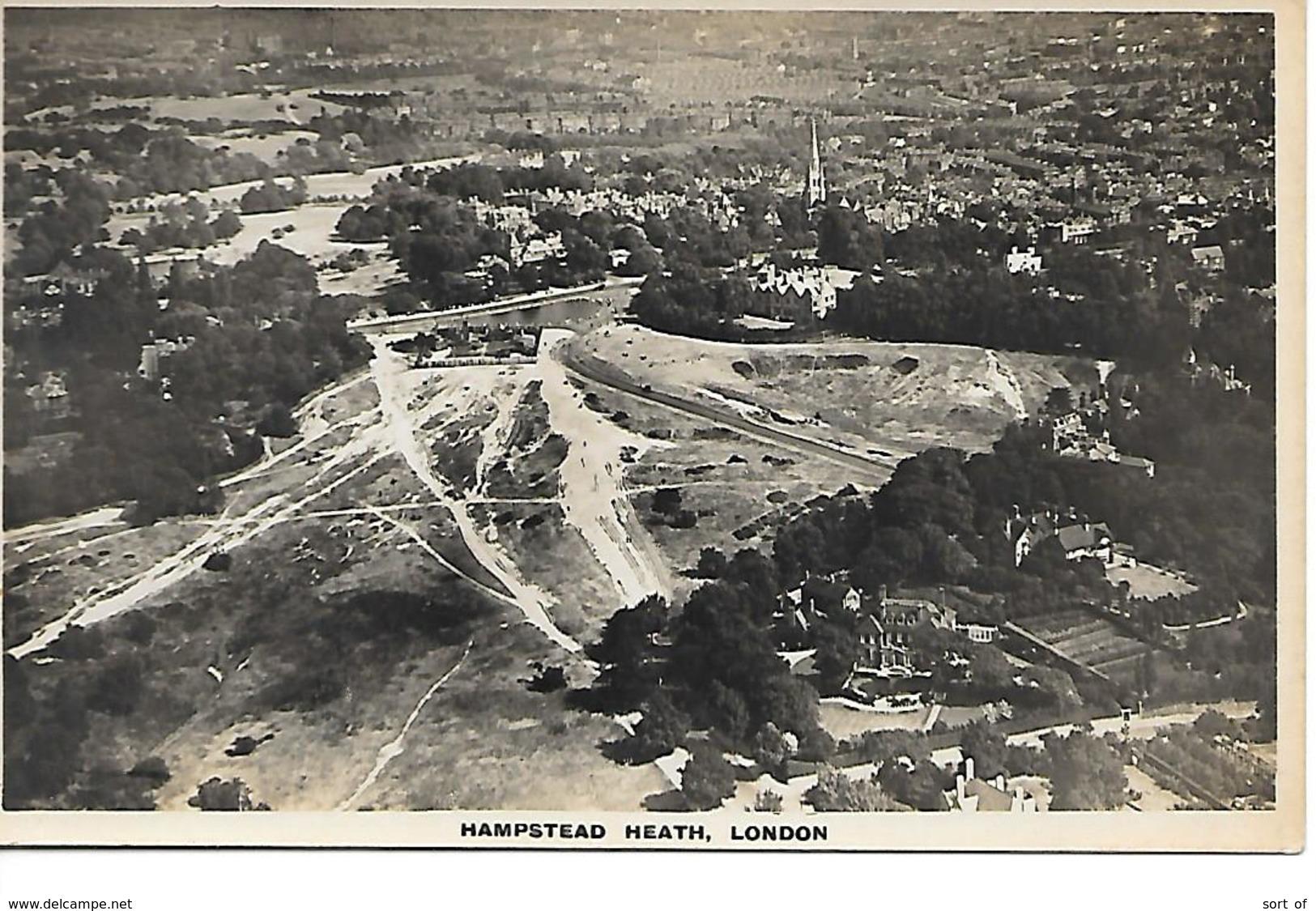 REAL PHOTO - HAMPSTEAD HEATH - AERIAL VIEW  - B9 - London Suburbs