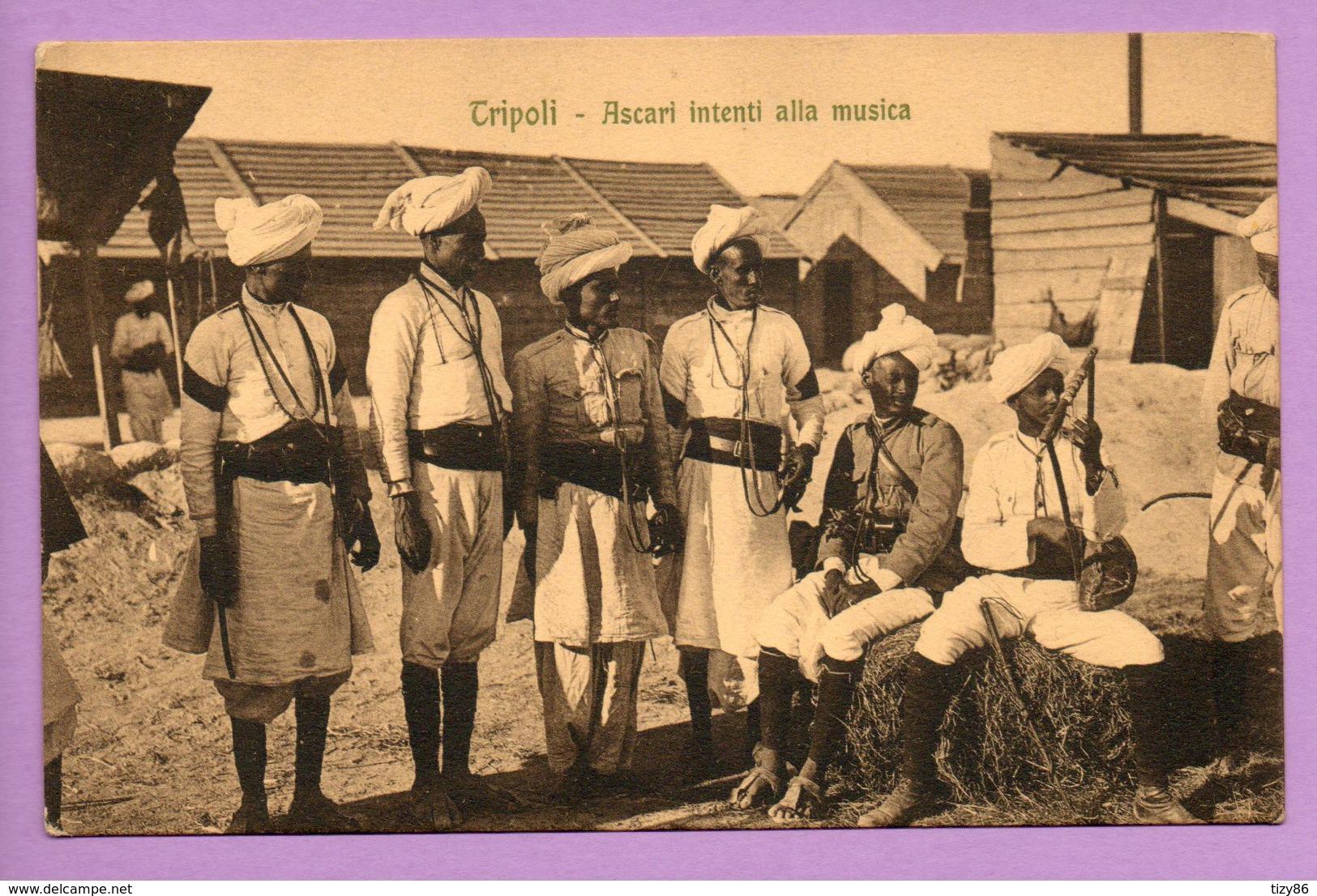 Tripoli - Ascari Intenti Alla Musica - Libye