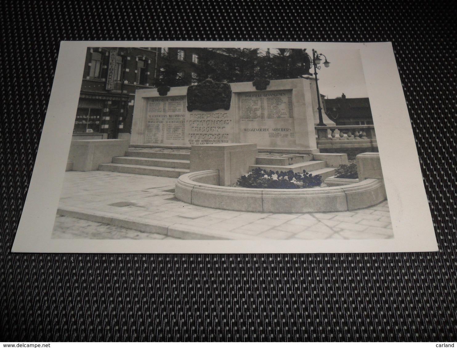 Iseghem   Izegem   Fotokaart Van Monument -  Monument Aux Morts  Gesneuvelden - Izegem