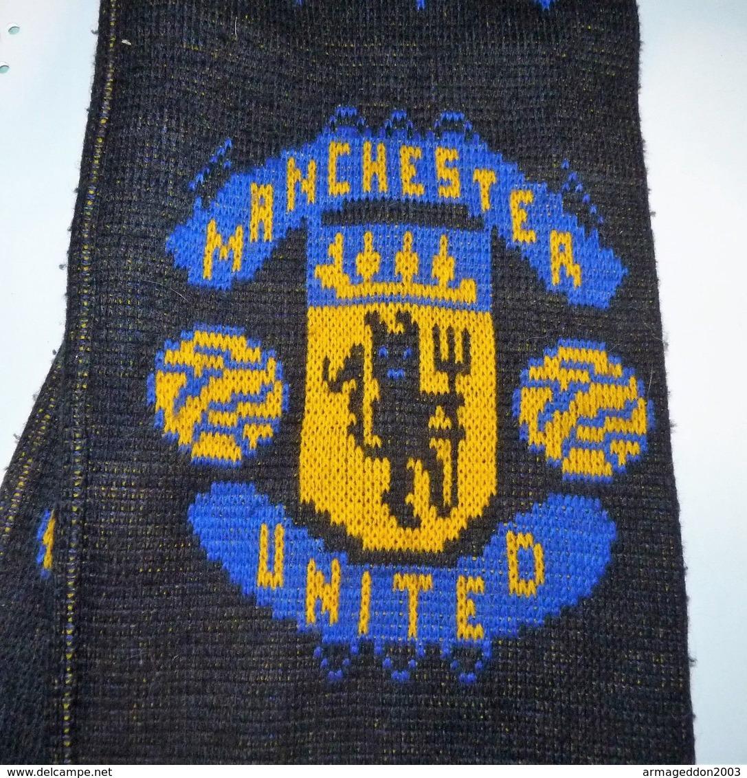 VINTAGE VERITABLE ECHARPE FOOTBALL MANCHESTER UNITED - Habillement, Souvenirs & Autres