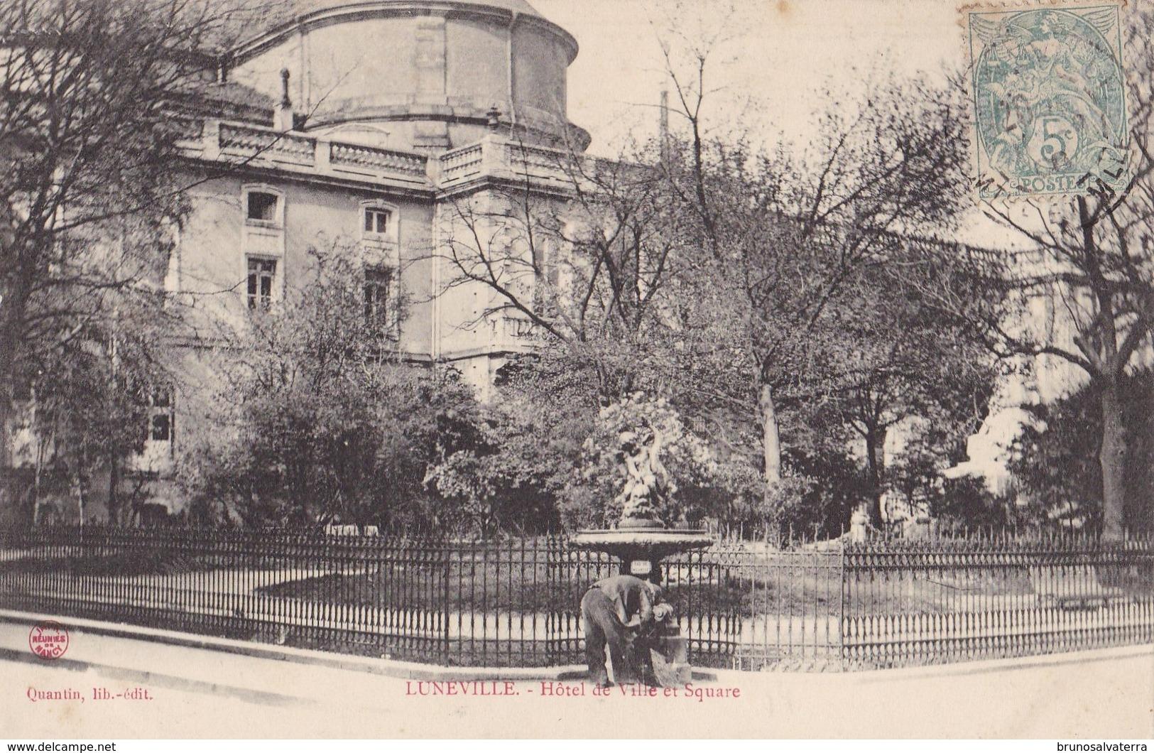 LUNEVILLE - Hôtel De Ville Et Square - Luneville