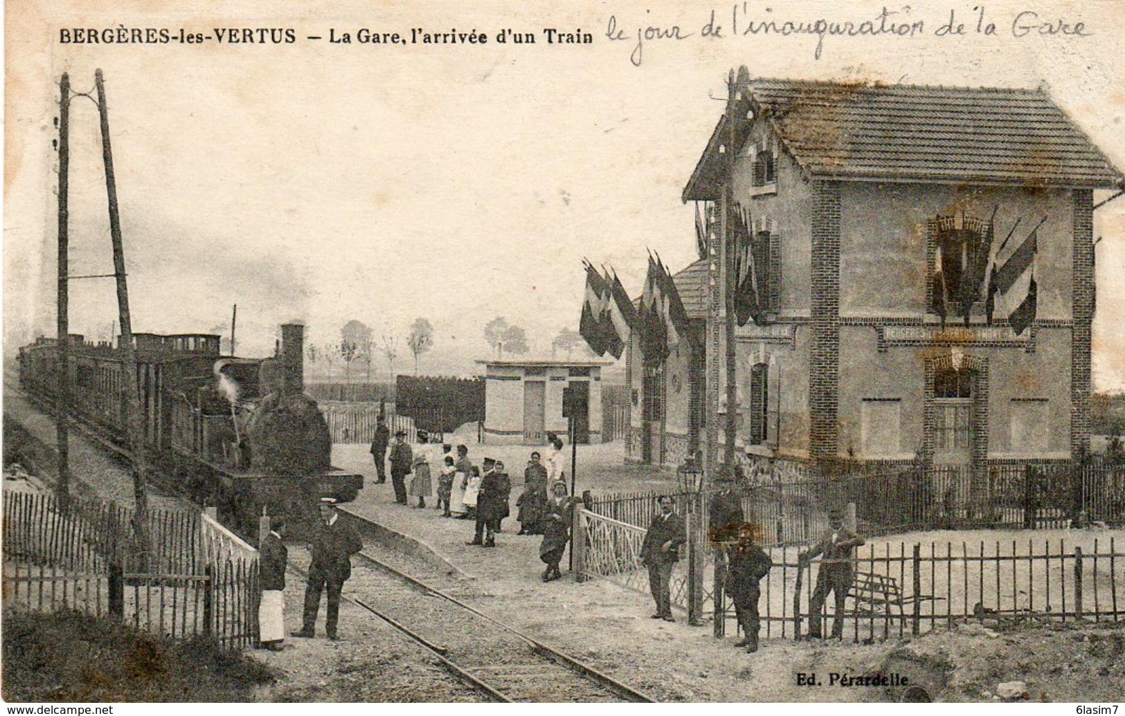 CPA - BERGERES-les-VERTUS (51) - Aspect Du Train Entrant En Gare Le Jour De L'inauguration En 1917 - France