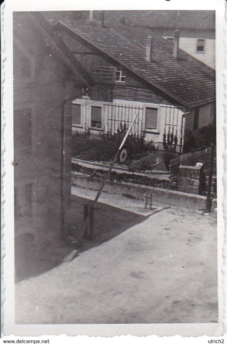 Foto Kaserneneingang Schranken -  2. WK - 8*5,5cm (36765) - Krieg, Militär