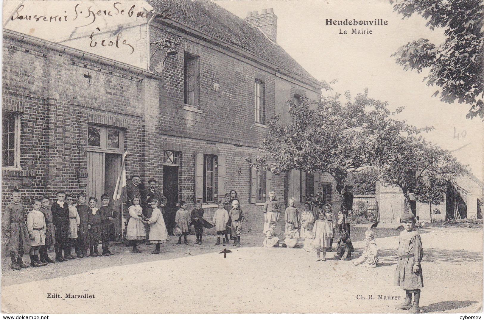 HEUDEBOUVILLE - La Mairie Et L'Ecole - Enfants Et Maîtres - Other Municipalities