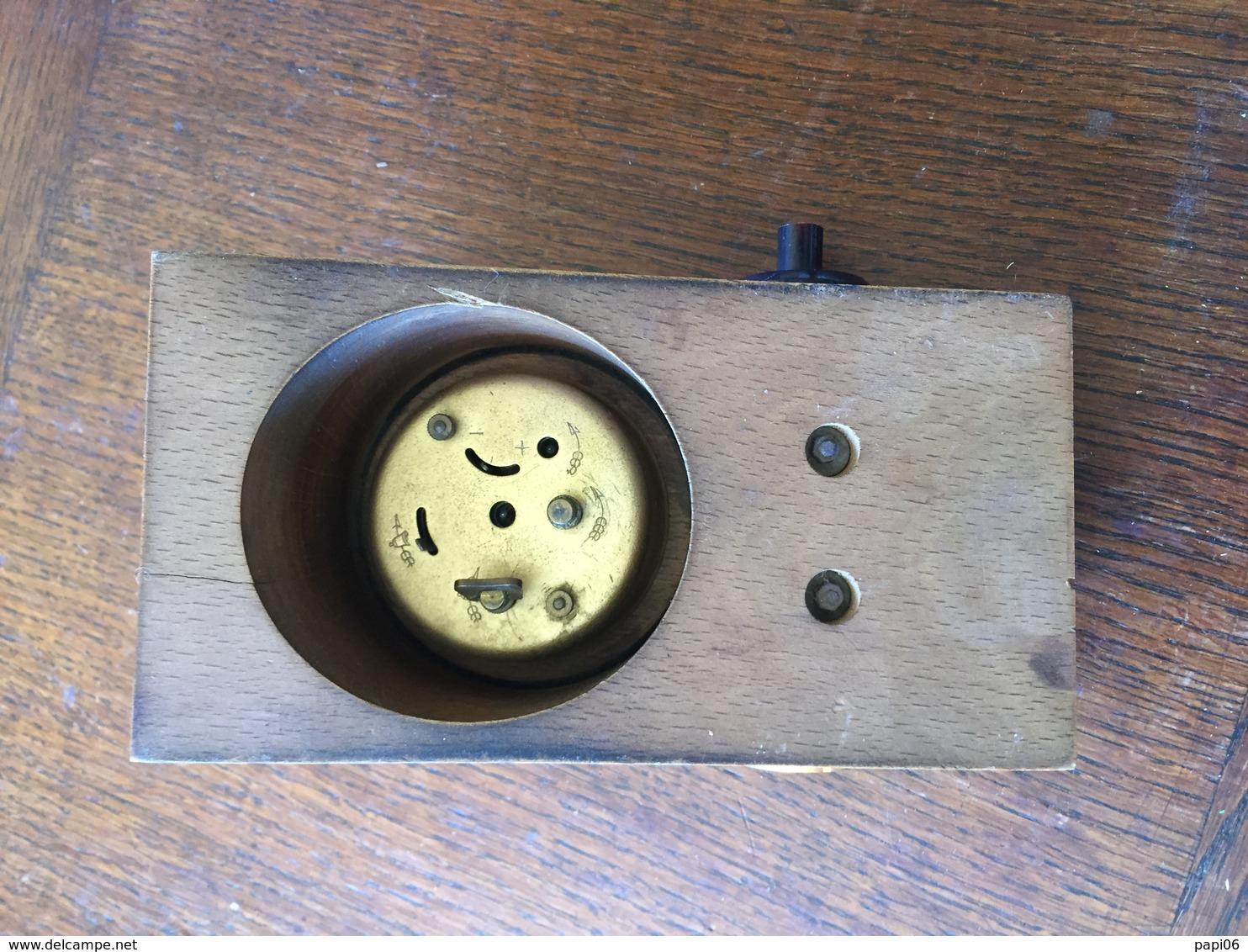 Pendulette Pour Récupérer Des Pièces - Bijoux & Horlogerie