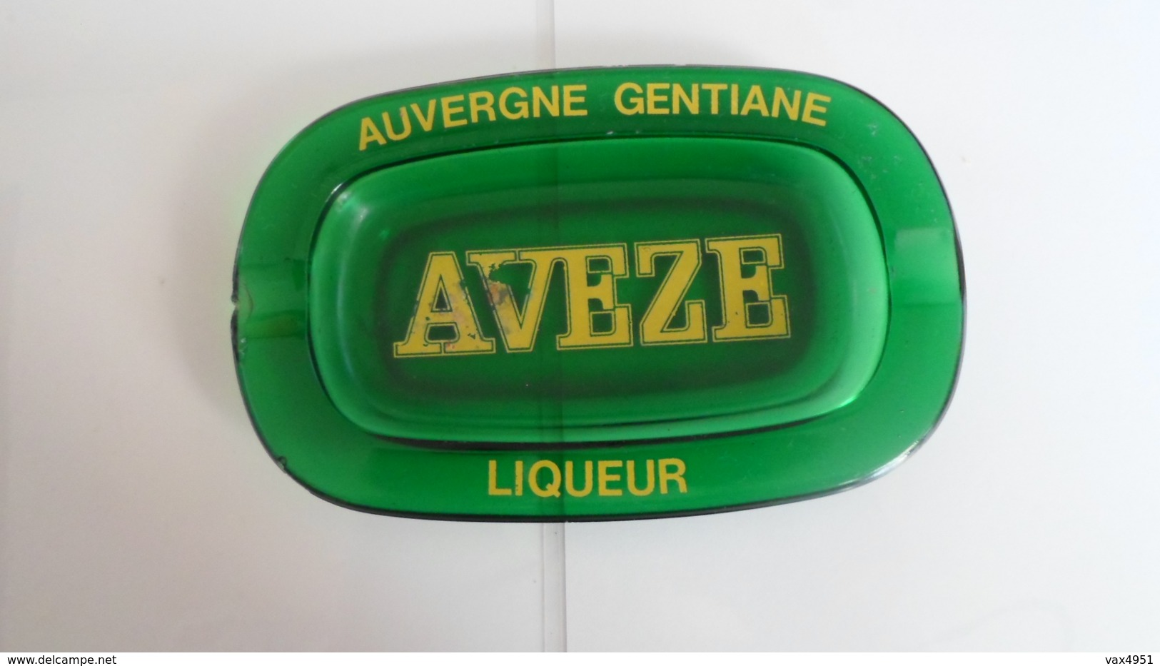 CENDRIER  LIQUEUR    AUVERGNE  GENTIANE  AVEZE  ****        A  SAISIR ******* - Asbakken