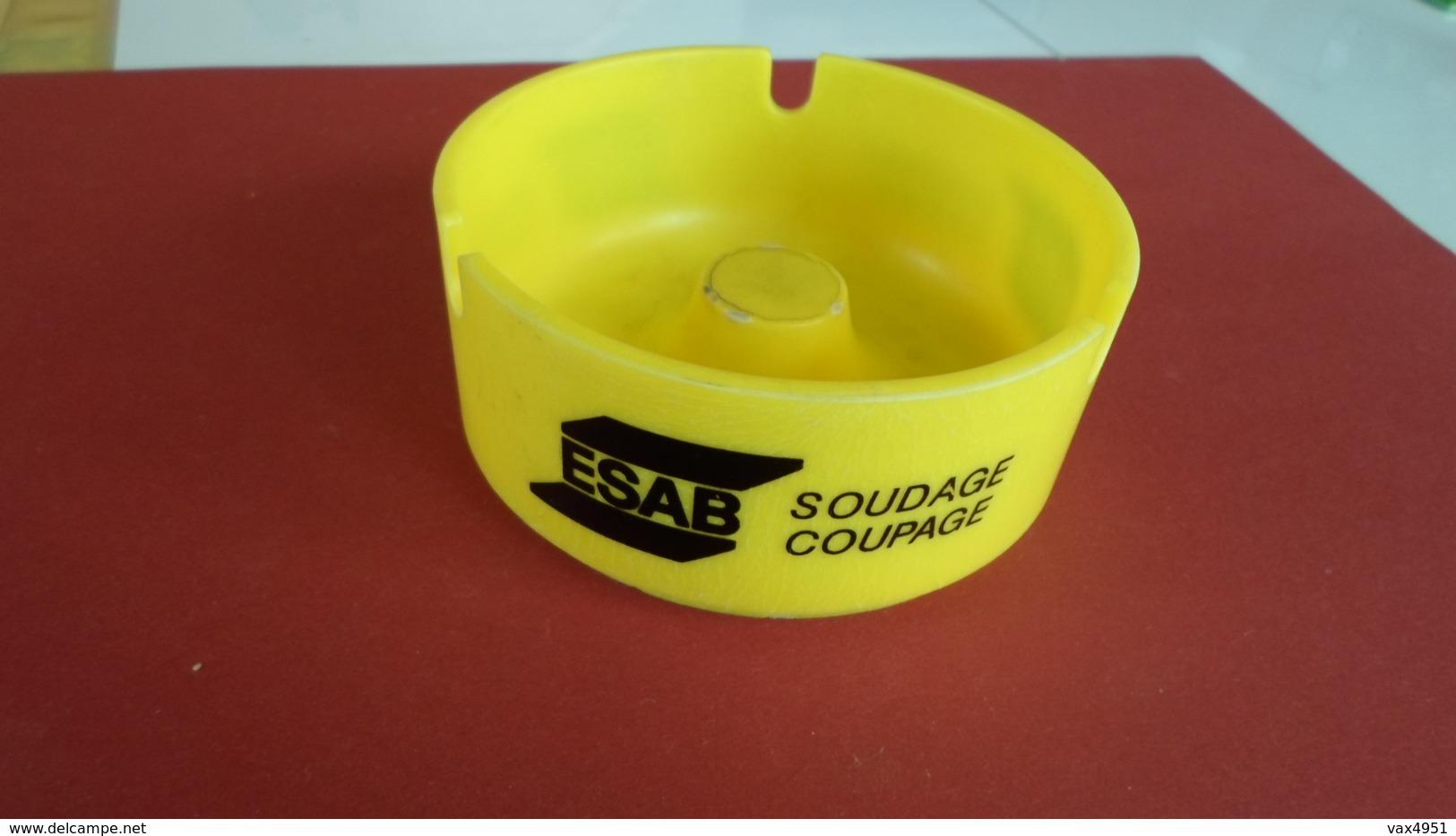 CENDRIER   ESAB SOUDAGE COUPAGE  ****         A  SAISIR ******* - Asbakken