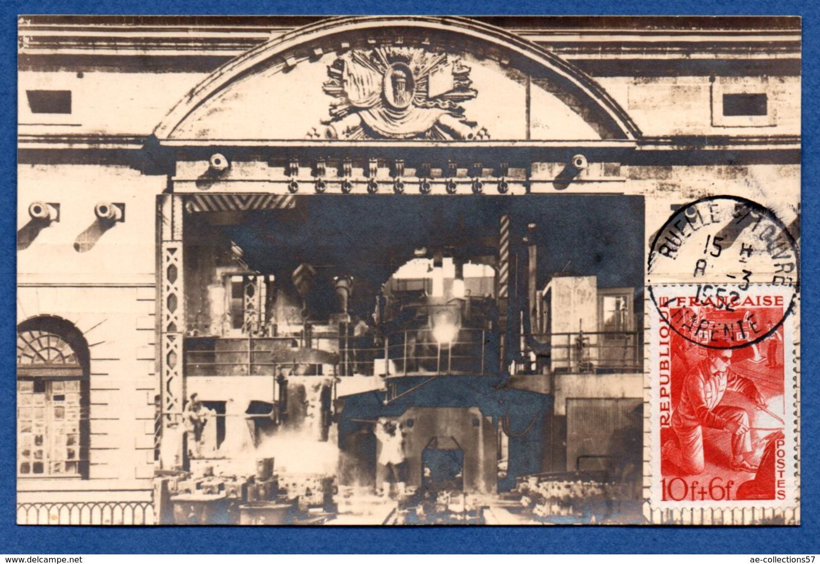 Carte   / Ruelle Sur Touvre / Coulée Au Four Electrique / 8 Mars 1952 - Maximum Cards