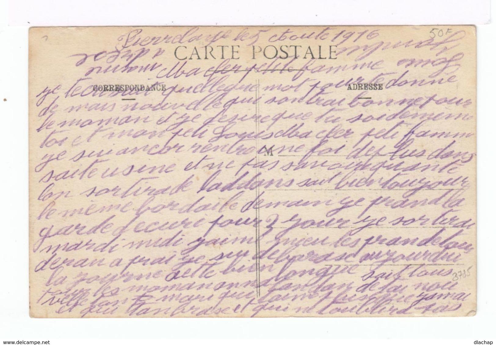 L'Oiseau De France. Décor Avec Avion, Femme En Guerrier. (2123) - Patriotiques