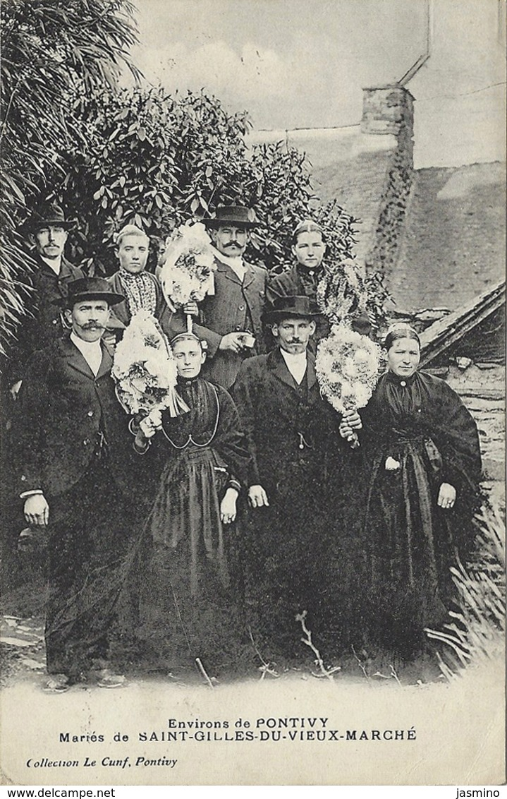 Mariés De Saint-Gilles-Du-Vieux- Marché - Saint-Gilles-Vieux-Marché