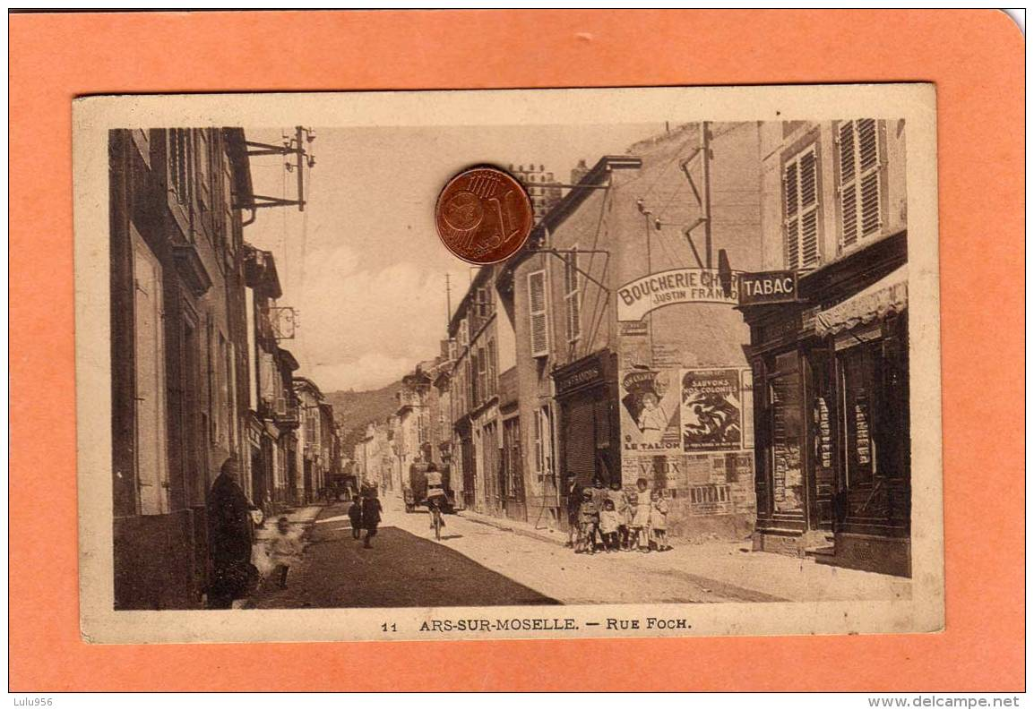 CPA * * ARS-SUR-MOSELLE * * Rue Foch - Ars Sur Moselle