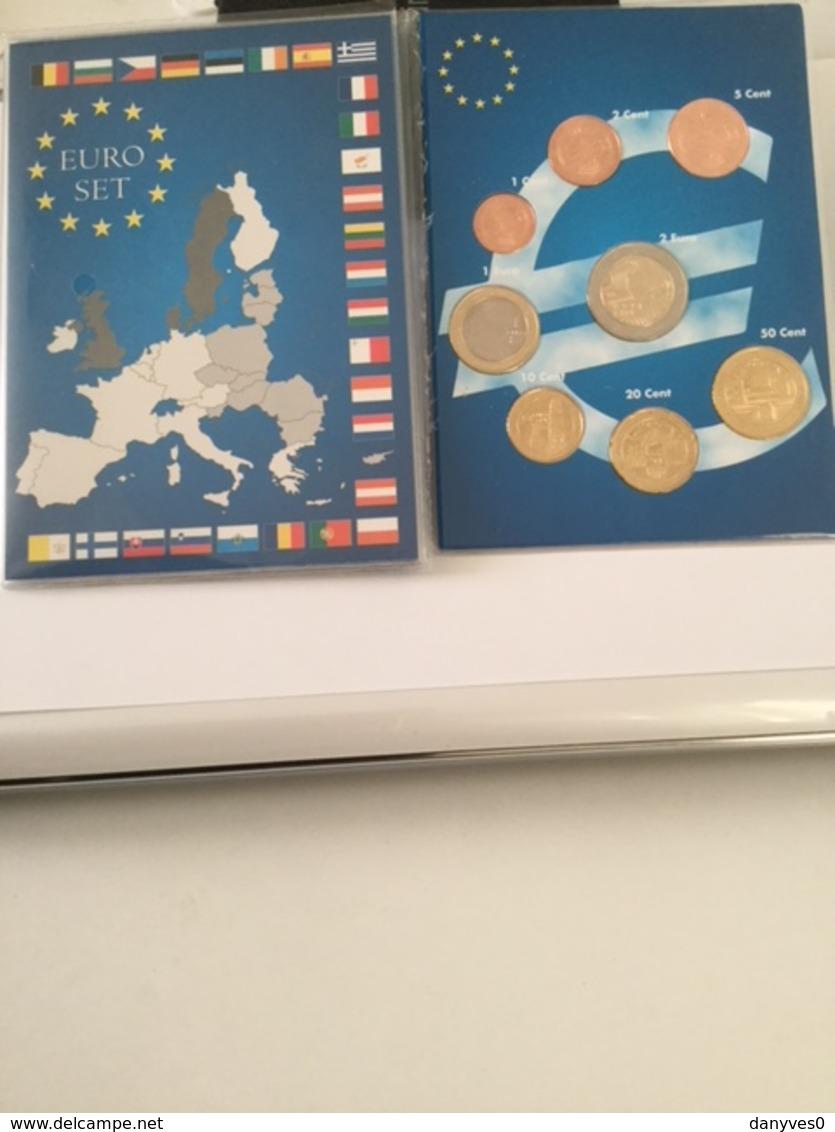 Série Officielle  Estonie UNC  2018 - Autriche