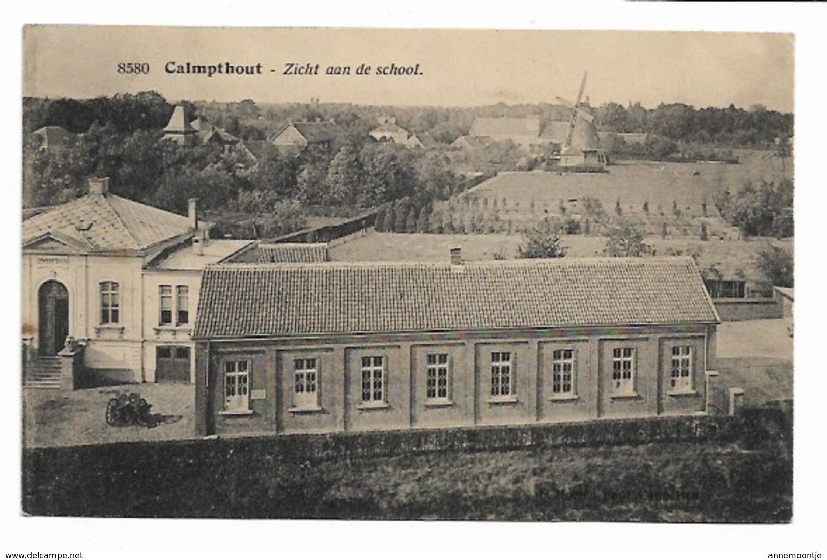 Kalmthout - Zicht Aan De School - Molen. - Kalmthout