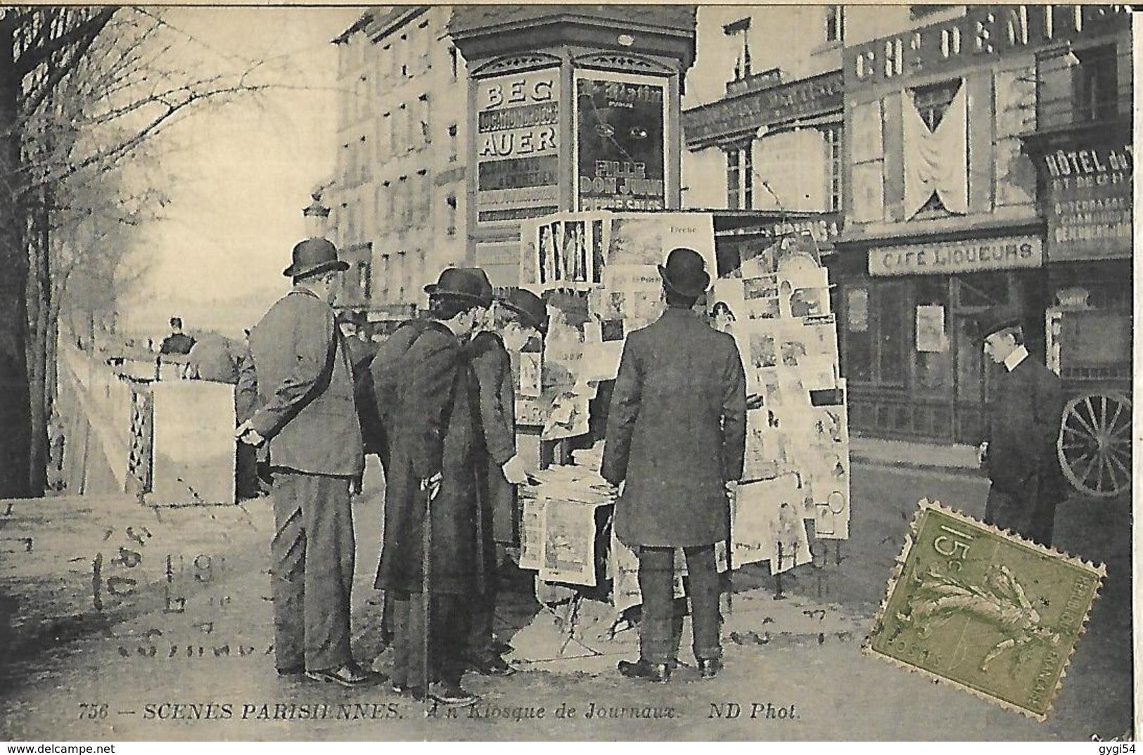 Scènes Parisiennes  Un Kiosque De Journaux      CPA  1918  Superbe - Straßenhandel Und Kleingewerbe