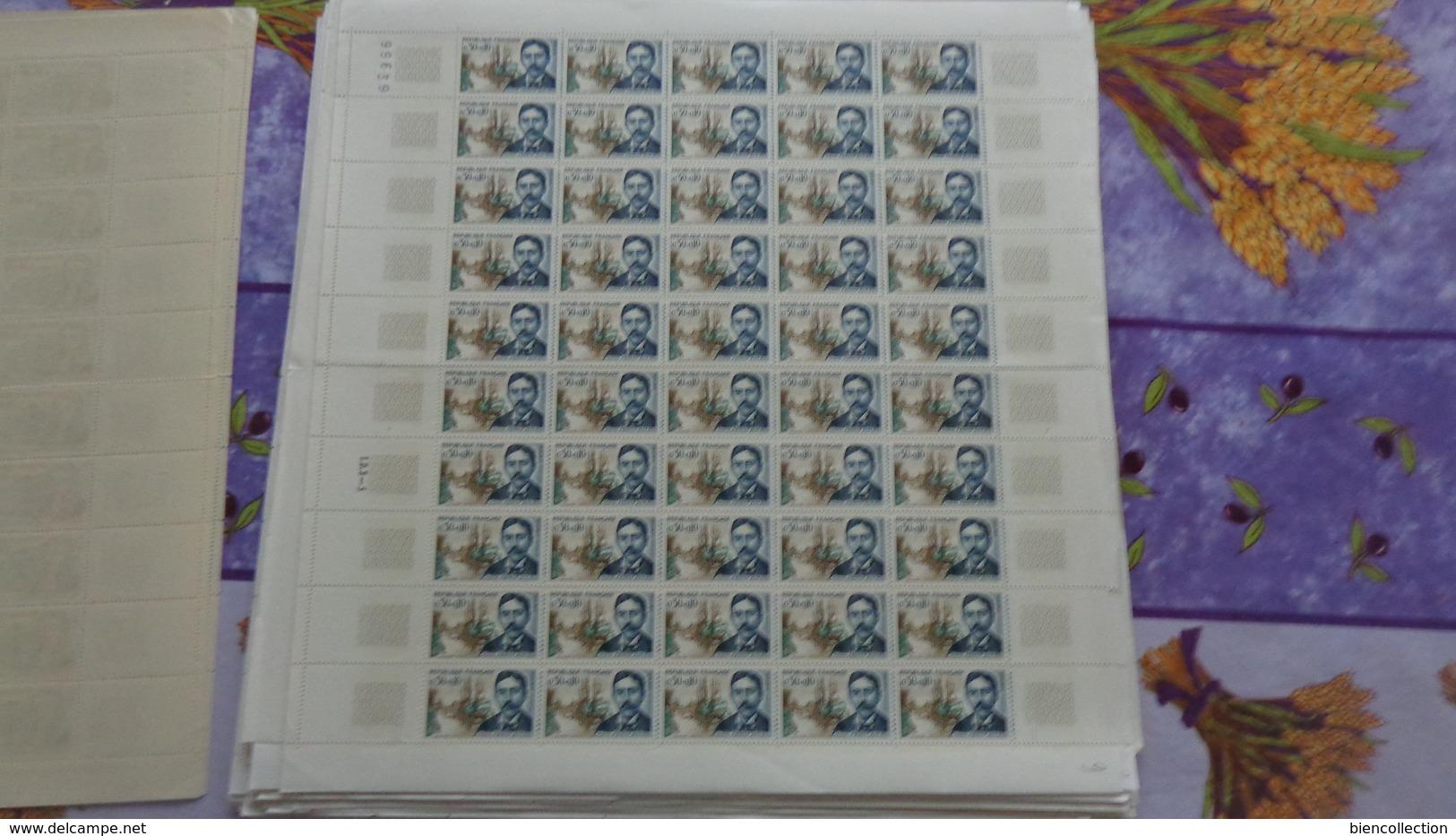 France Année 1966 Complète En Feuilles. Cote 1180€  Faciale 173€ - Feuilles Complètes