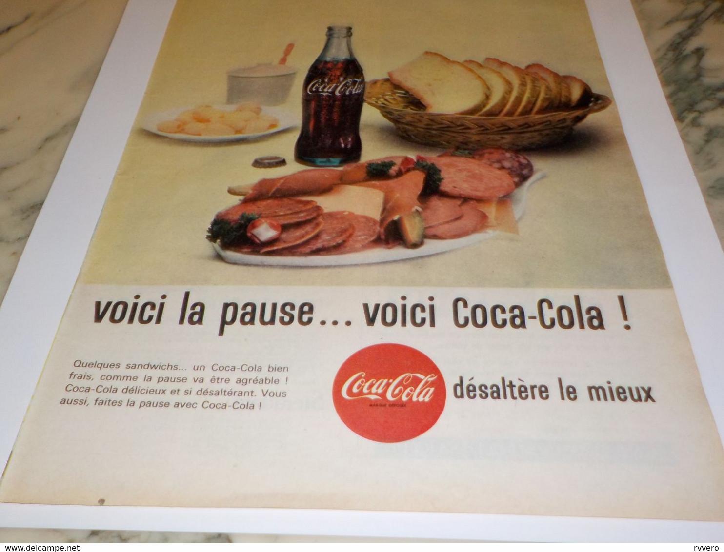ANCIENNE PUBLICITE LA FRAICHEUR EN PERSONNE COCA COLA 1961 - Affiches Publicitaires