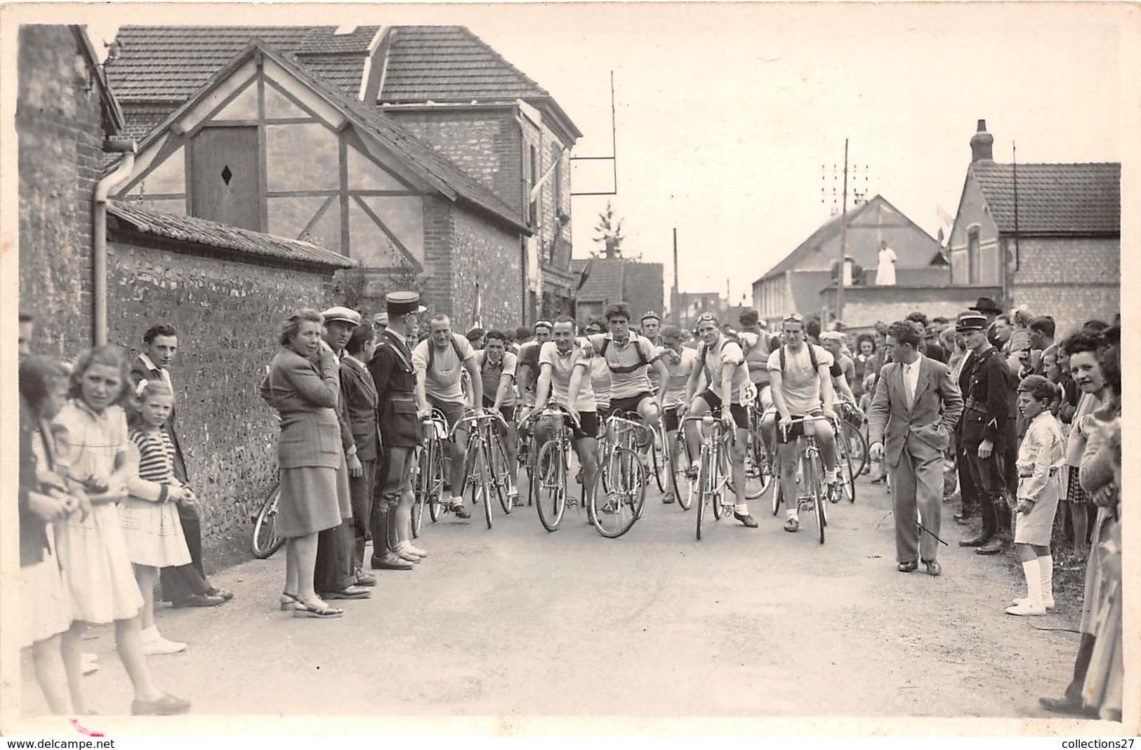 CYCLISTES- CARTE-PHOTO- A SIRUER DEPART D'UNE COURSE - Cyclisme