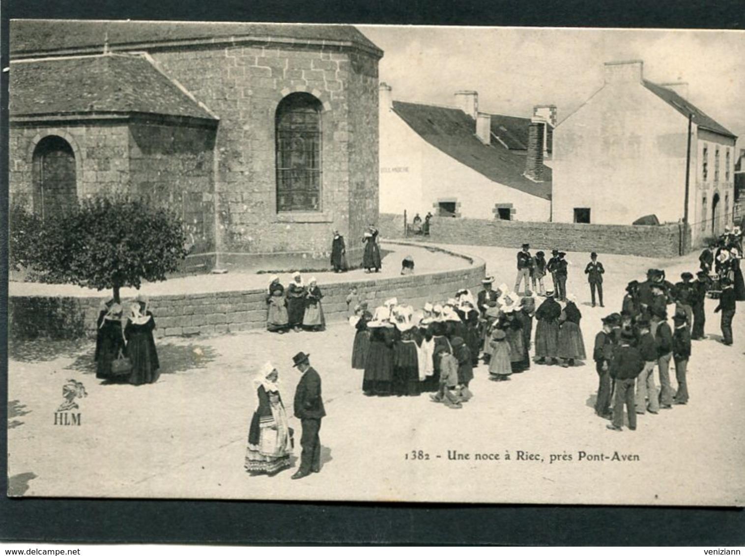 CPA - Une Noce à RIEC Près Pont-Aven, Très Animé - Autres Communes