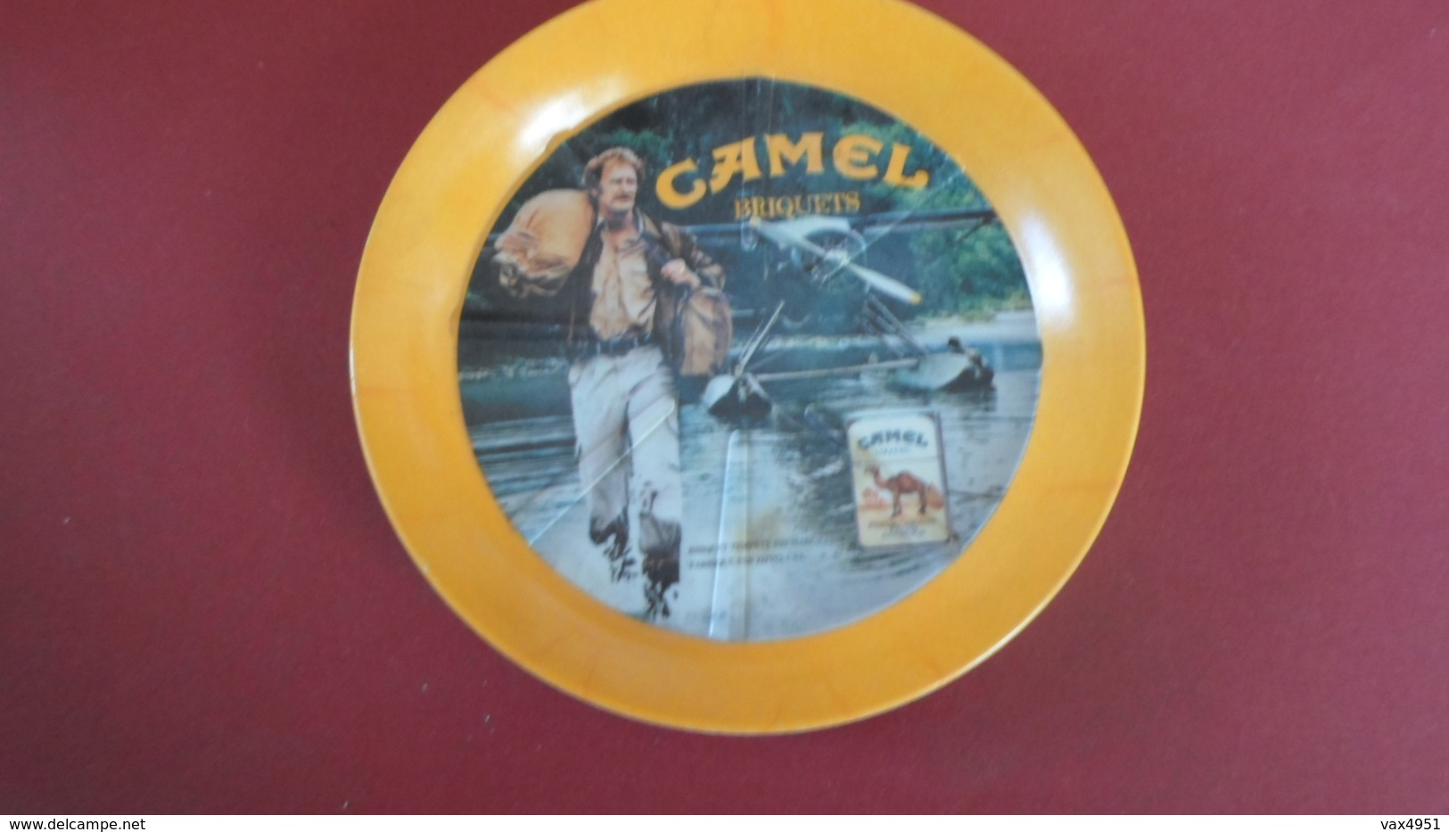 CENDRIER   CAMEL BRIQUETS  **** RARE  A  SAISIR **** - Asbakken