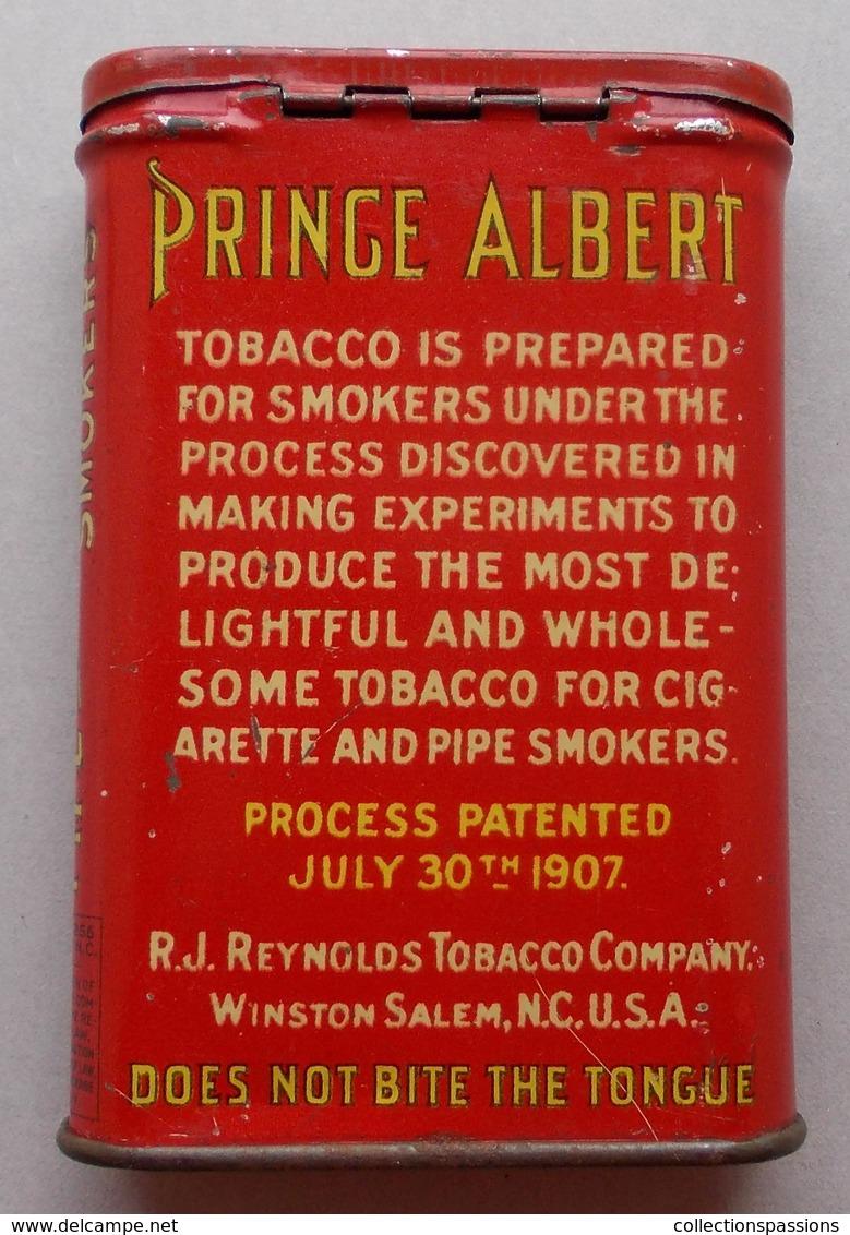 Boite En Métal. Tabac PRINCE ALBERT. WW2 - Boites à Tabac Vides