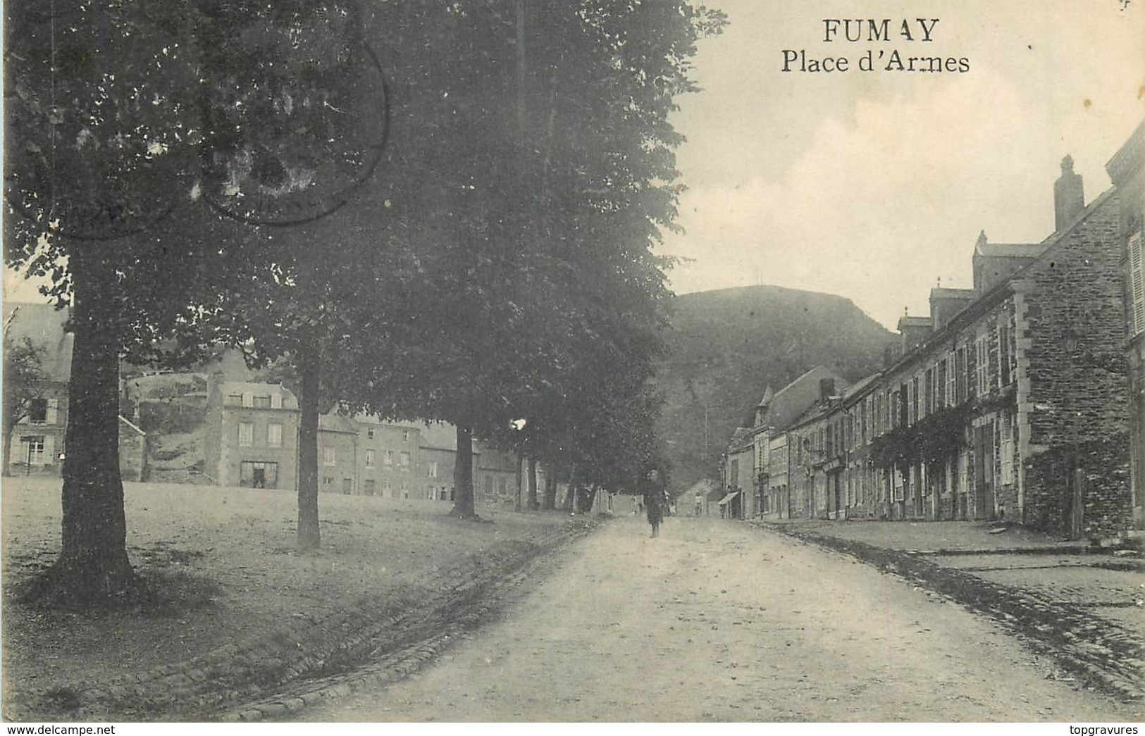 08 FUMAY PLACE D'ARMES - Fumay