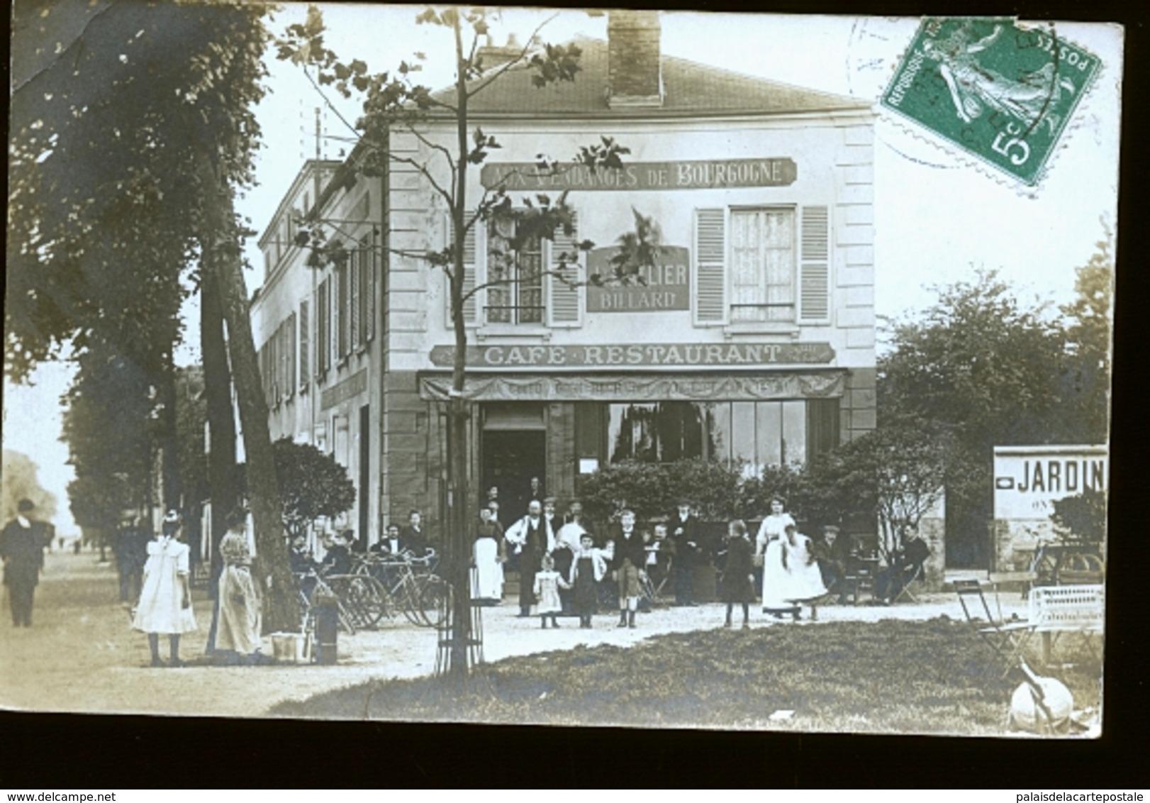 ALFORTVILLE LE CAFE   PHOTO DE LEFEVRE A ORSAY      JLM - Alfortville